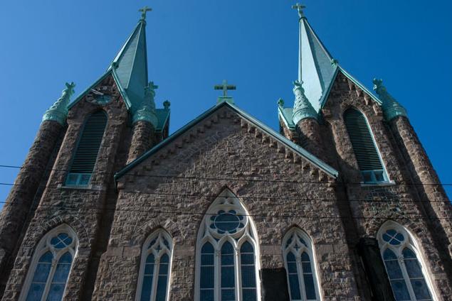 "Photo of St. Laurentius Church via <a href=""http://www.fishtownonline.com/save-st-laurentius-church.html"">fishtownonline.com</a>"
