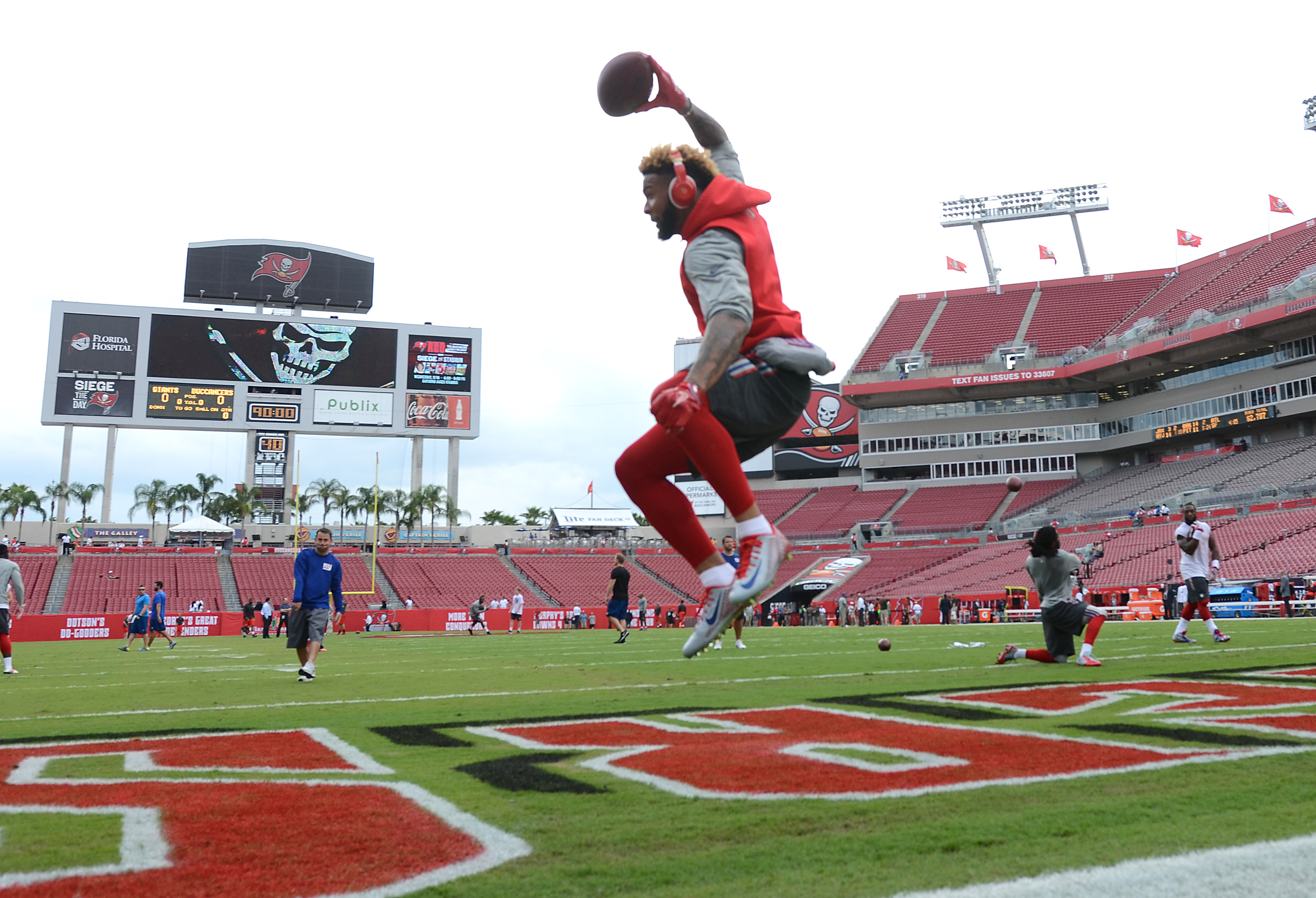 Odell Beckham during a pre-game routine