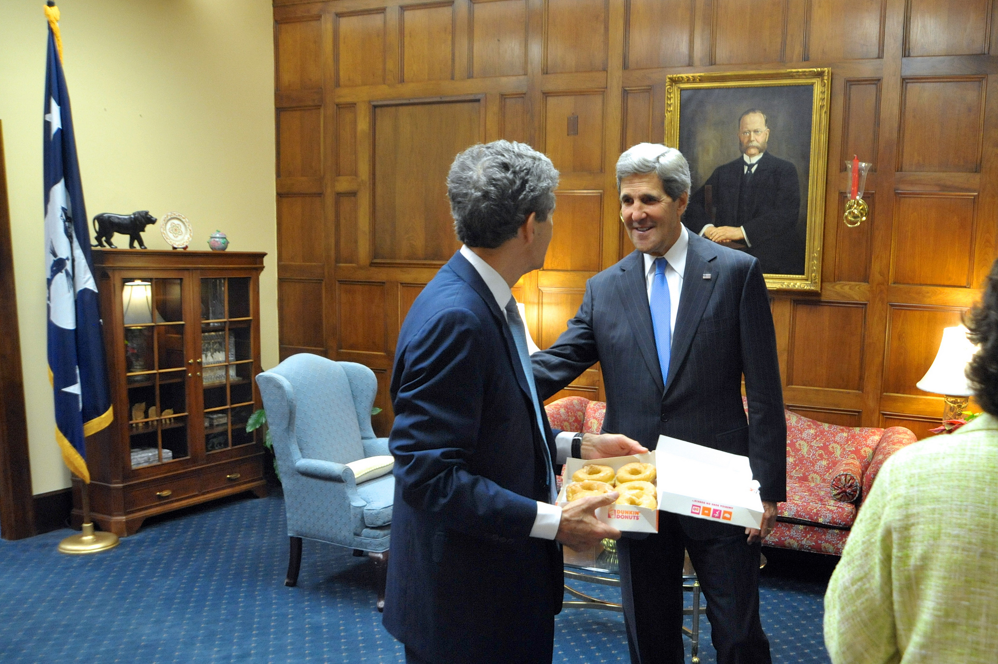 Secretary John Kerry Delivers Dunkin' Donuts to His Brother, Acting Commerce Secretary Cameron Kerry, and His Staff