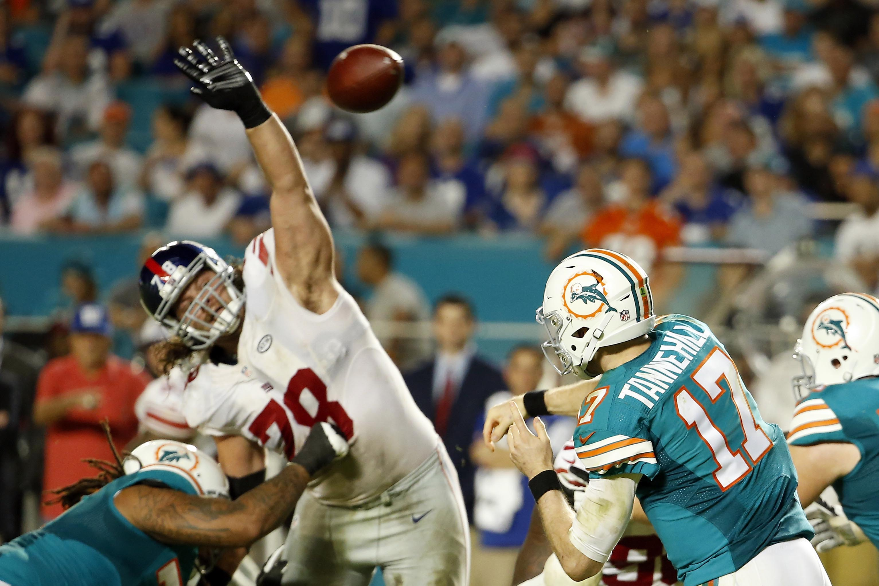 Markus Kuhn suffered a knee injury Monday against the Dolphins