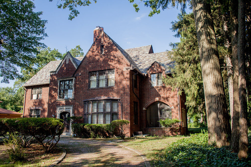 Palmer woods detroit curbed detroit for 7 bedroom house for rent in michigan