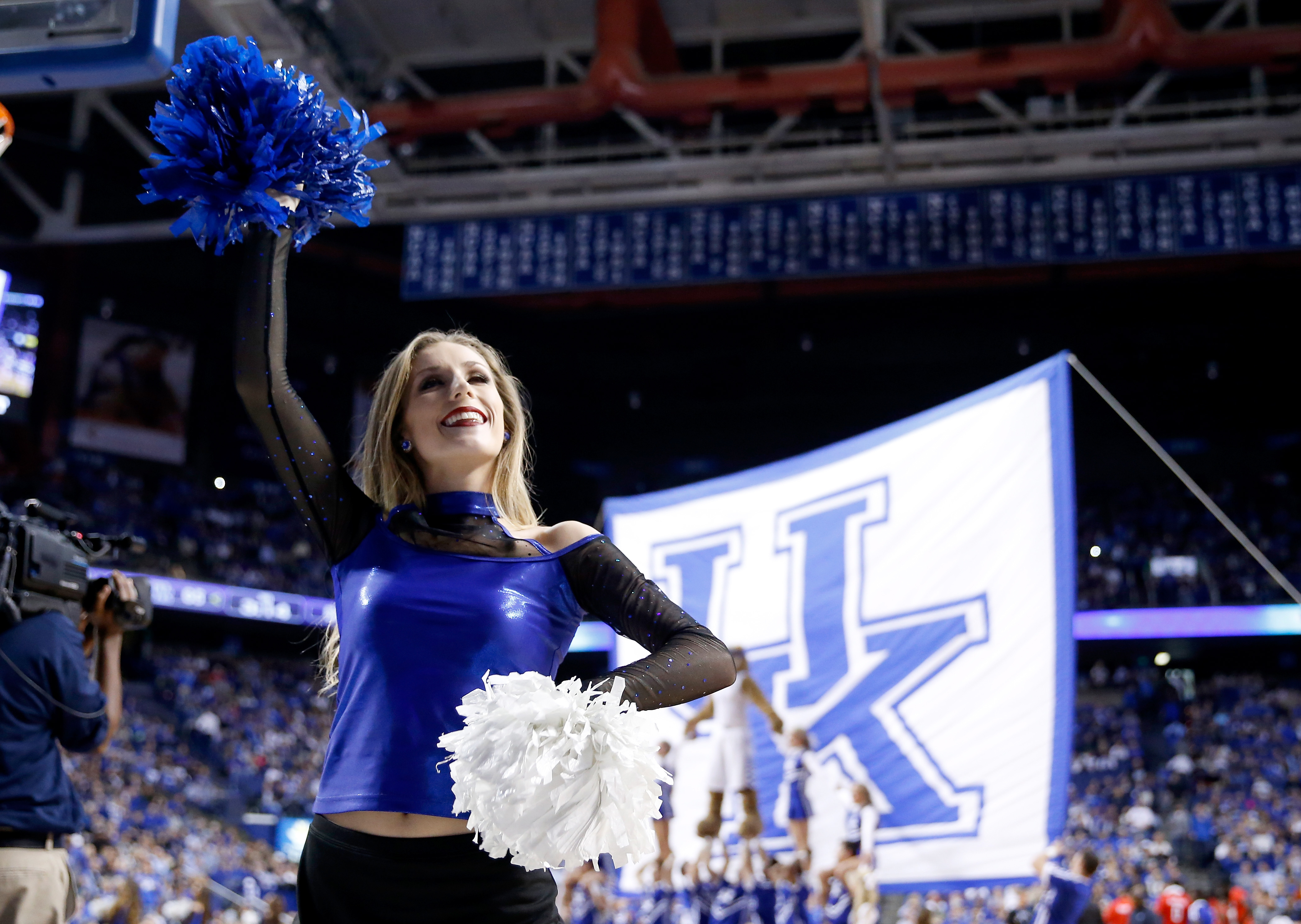 BBN, I'm begging you to PACK THE HOUSE tonight at Rupp!