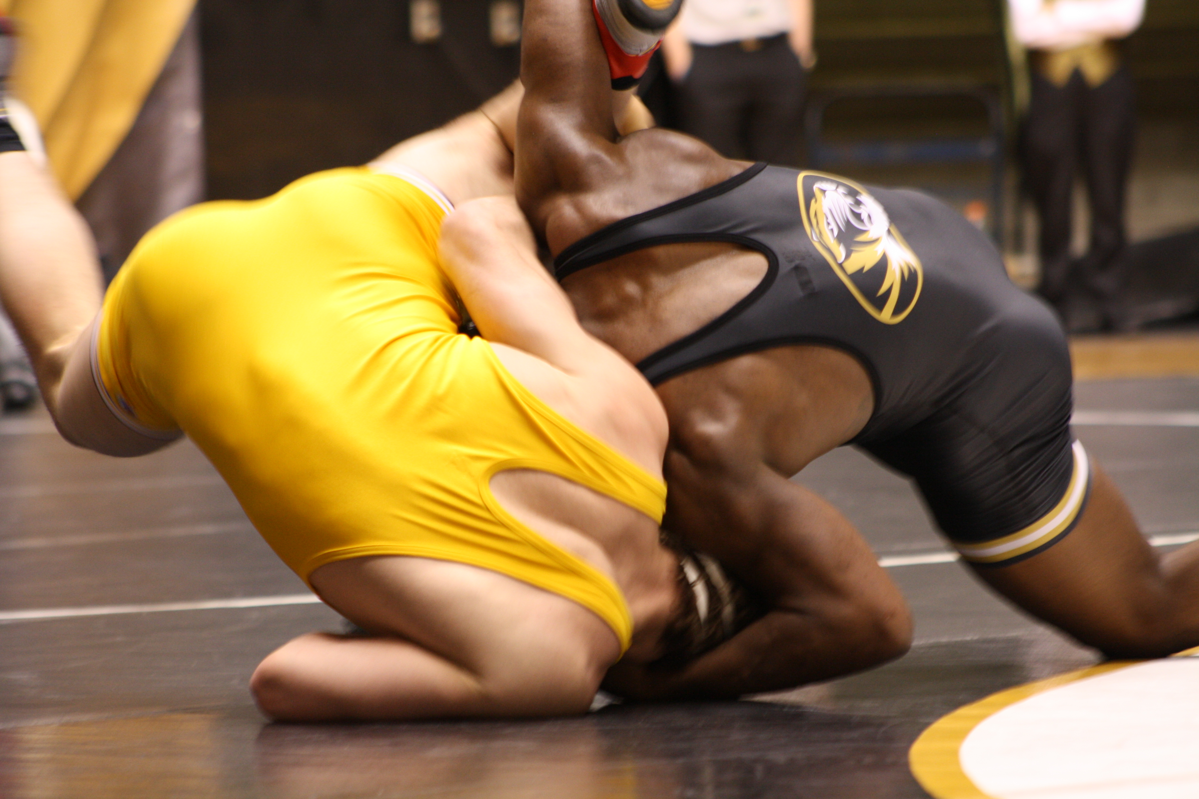 J'Den Cox used a great suicide cradle to pin his Ken State foe (neither the cradle nor the foe are actually pictured)