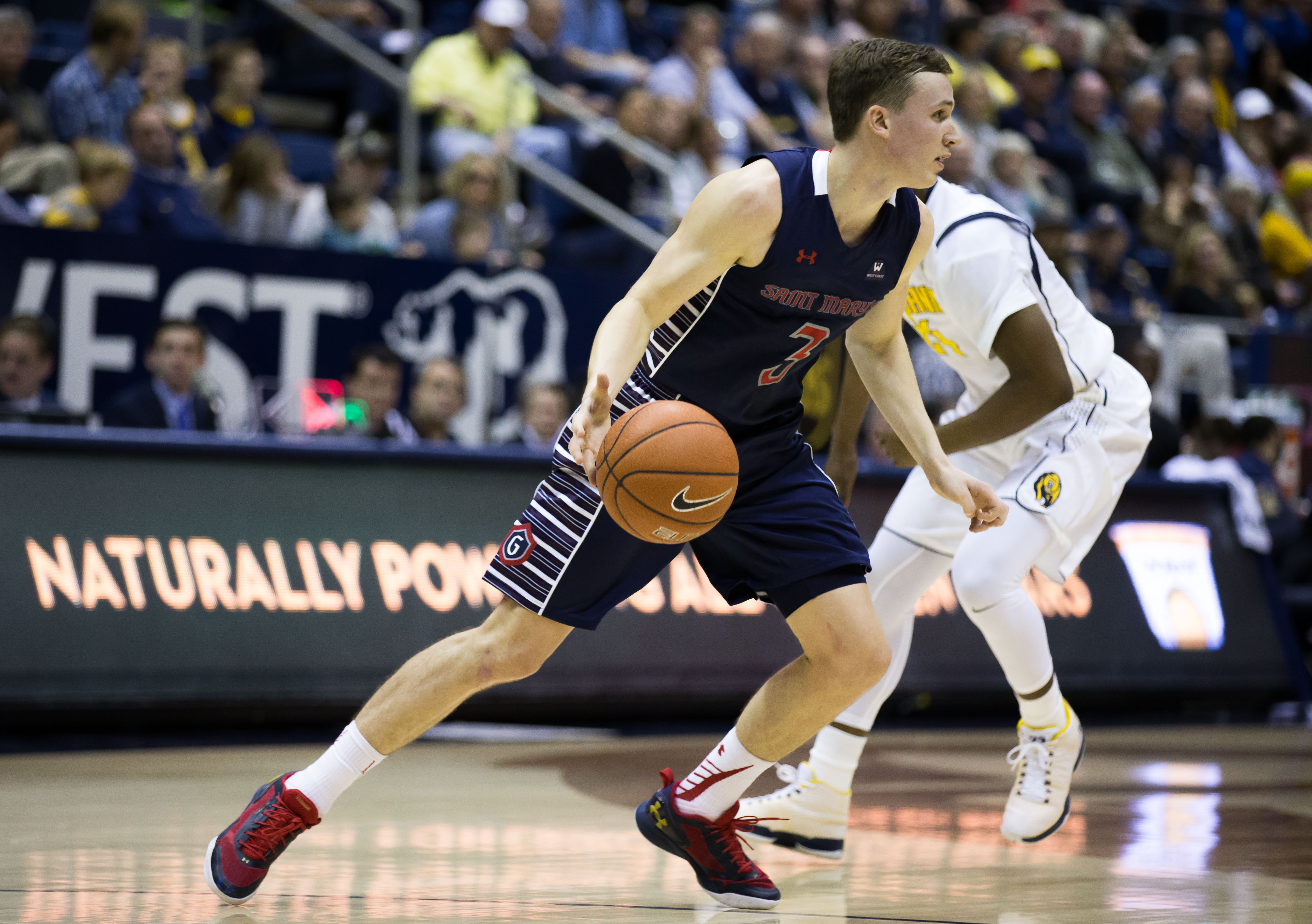 Emmett Naar looks to lead the Gaels past the Cougars at home.