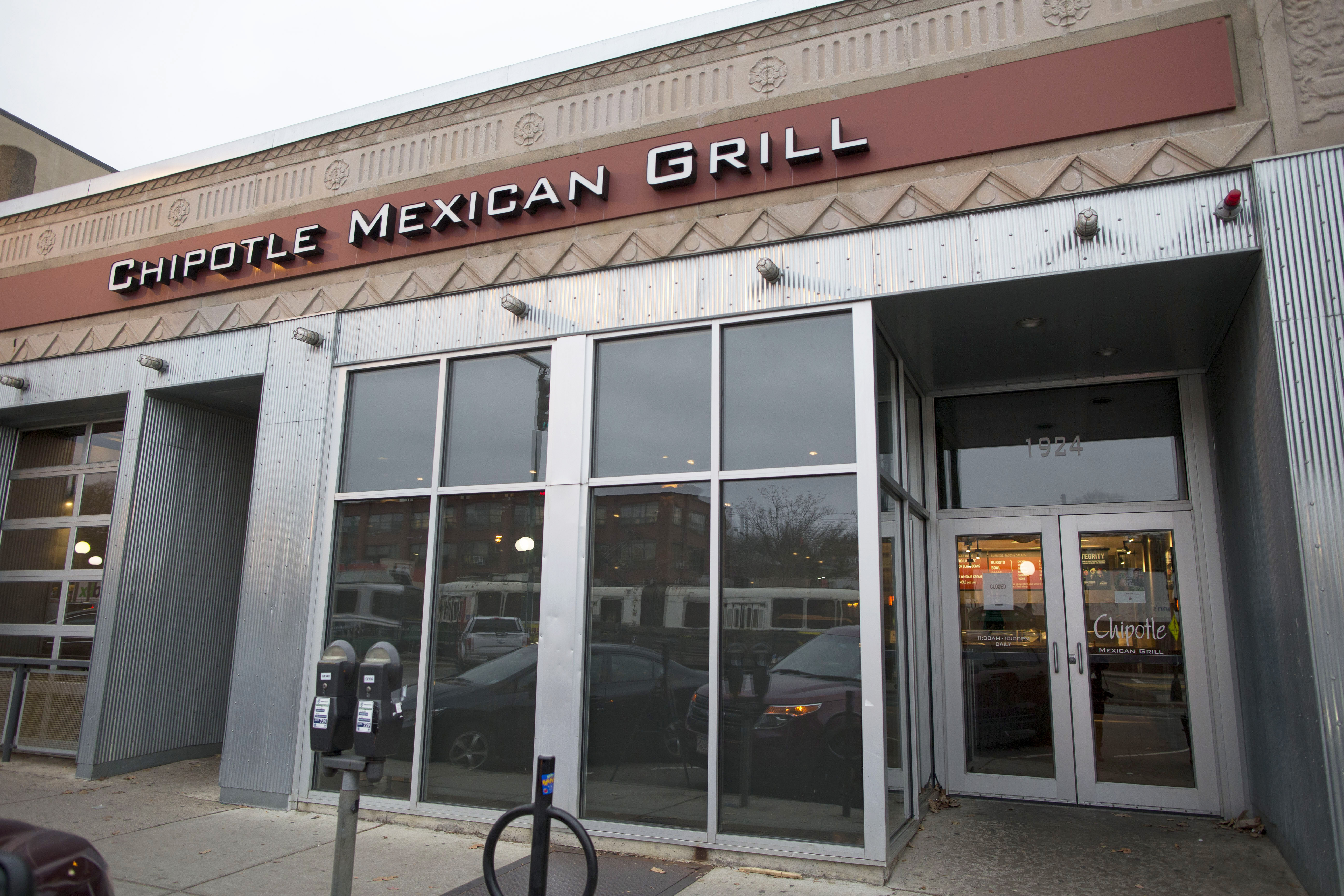 Raving Conspiracy Theorist Claims Chipotle Is the Victim of 'Food Terrorists'