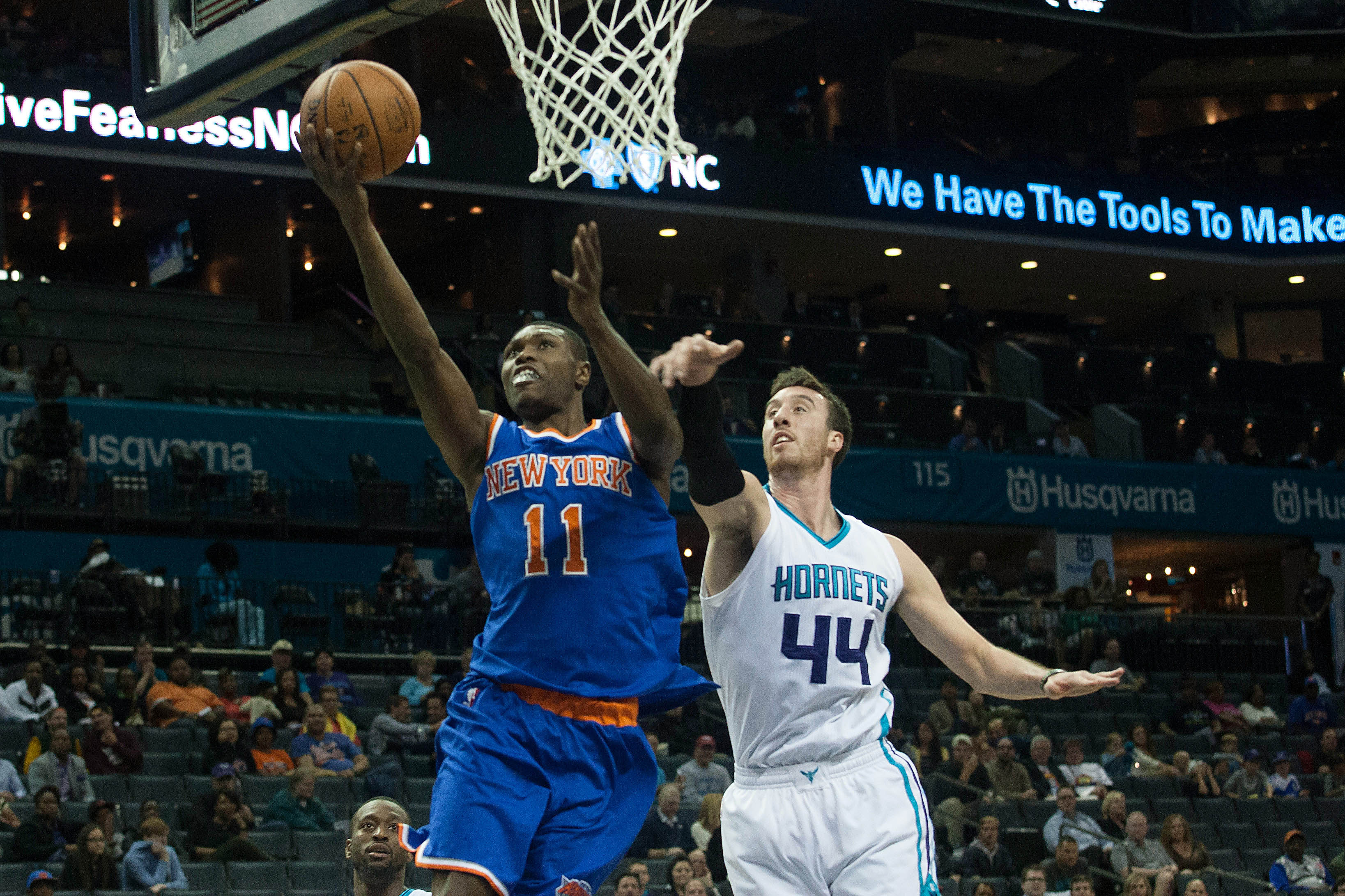 Knicks forward Cleanthony Early shot in knee early Wednesday morning