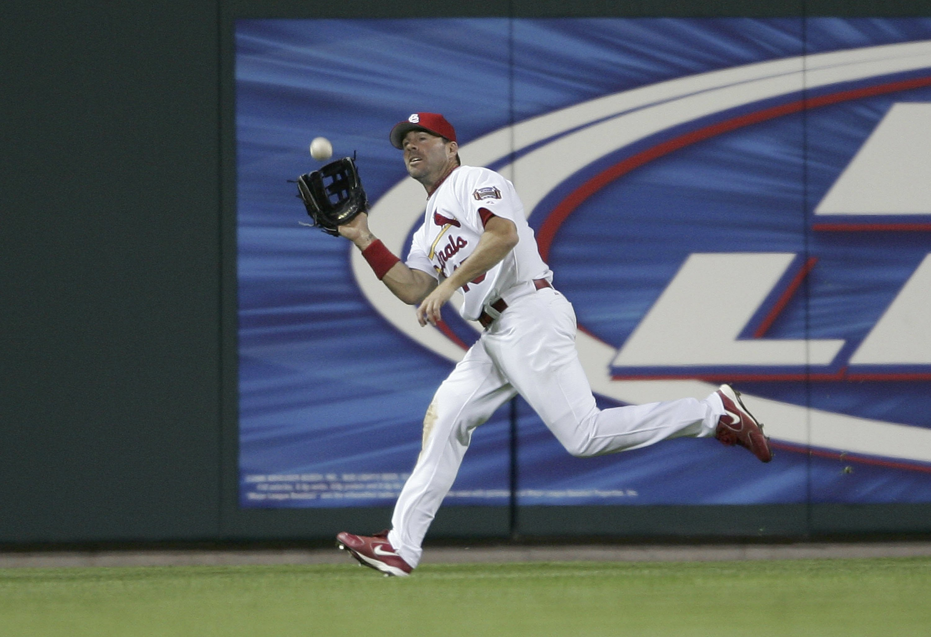 Jim Edmonds making one of his many catches while patrolling center field