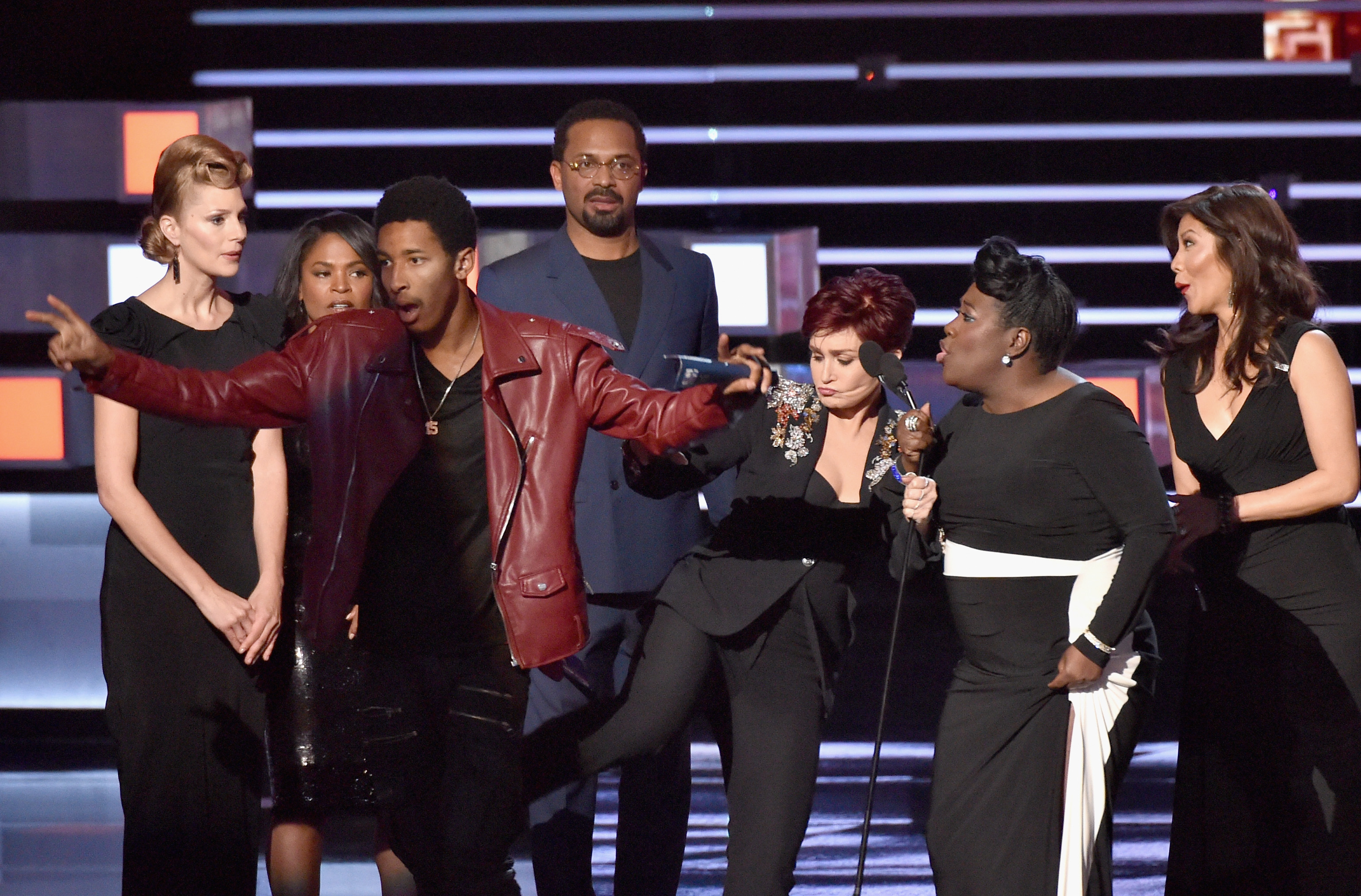 Some Surprising Things That Happened at the People's Choice Awards 2016
