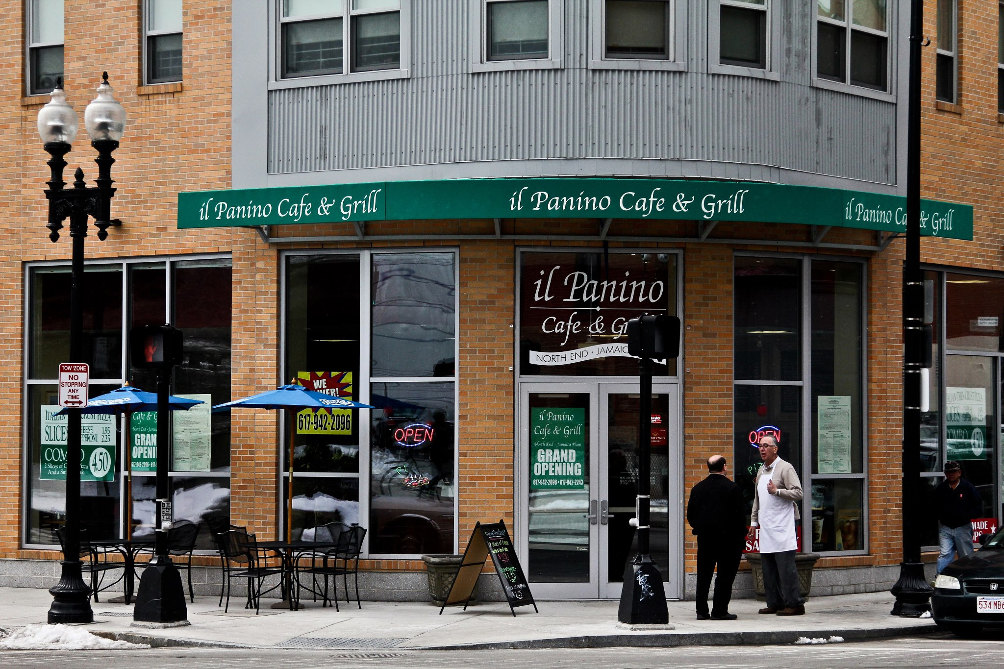 Il Panino Cafe and Grill