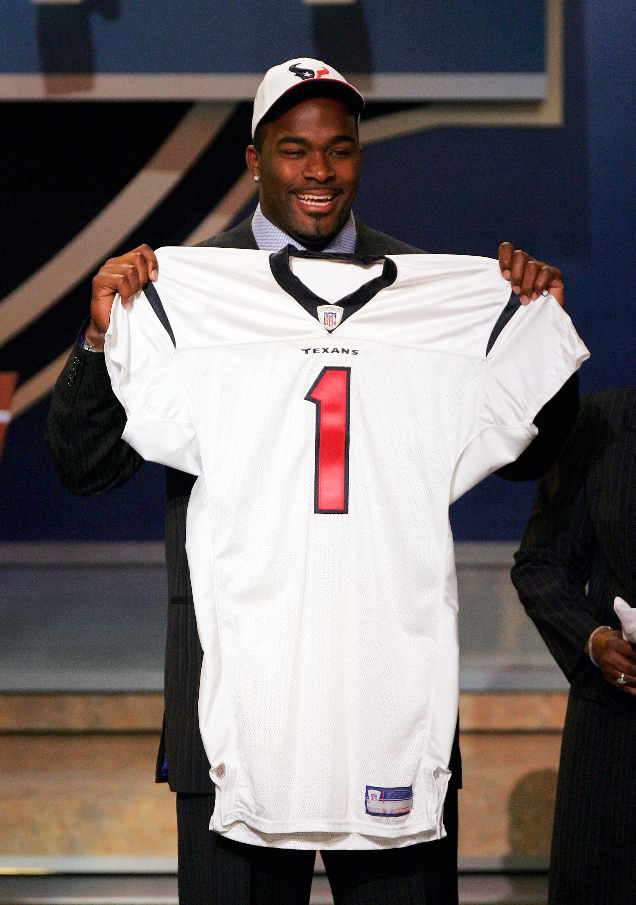 A lot--and I mean A LOT--of Texans fans were apoplectic about the decision to draft Mario Williams in 2006.