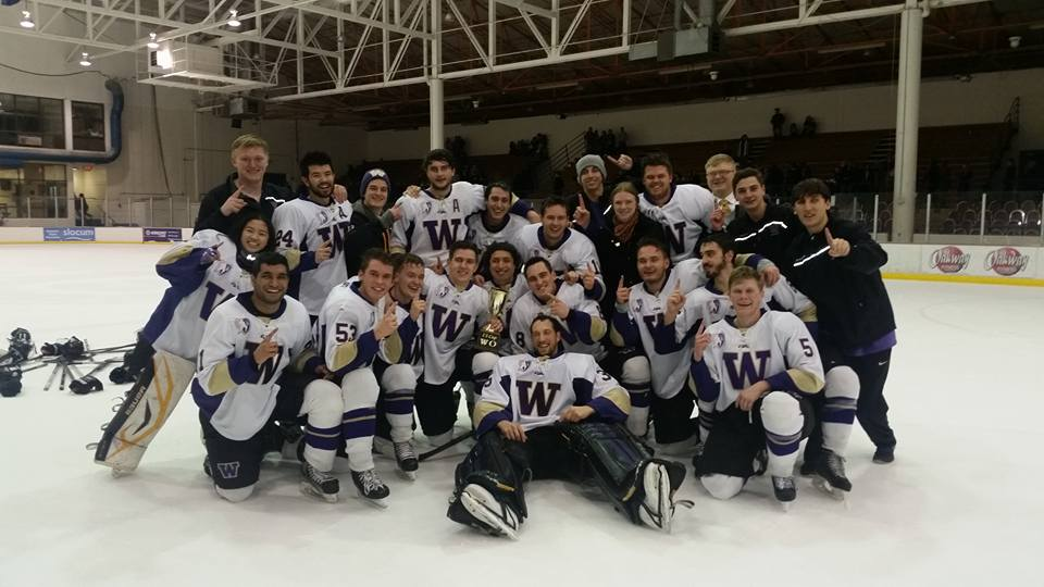 Huskies Pose with I-5 Cup following Friday night's win over Oregon.