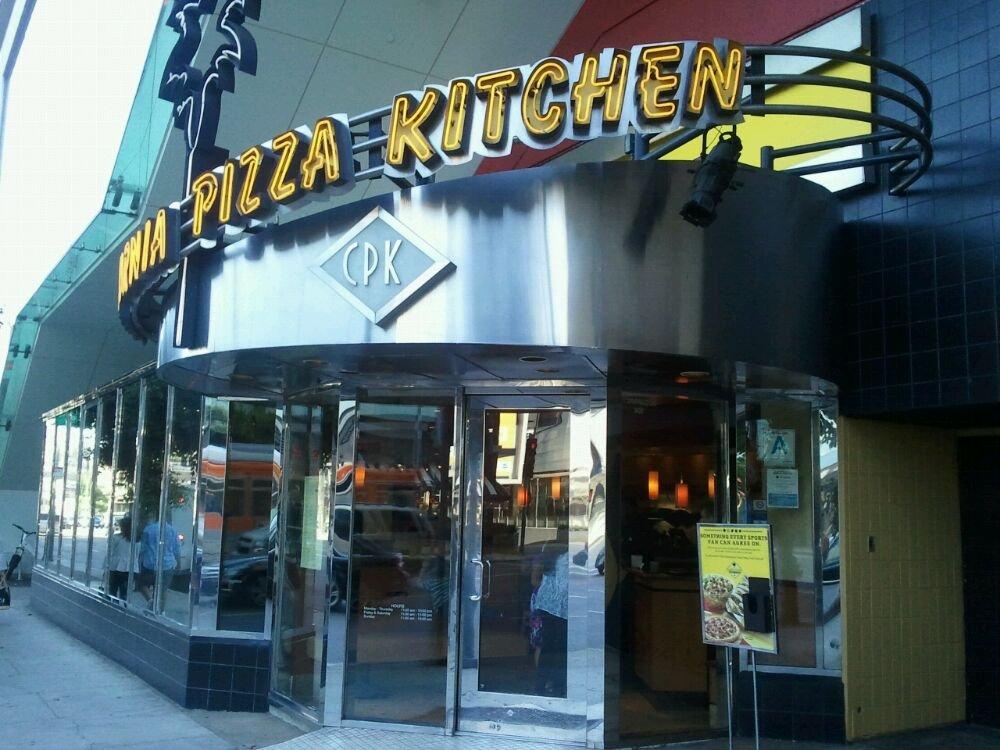 California Pizza Kitchen, Beverly Center