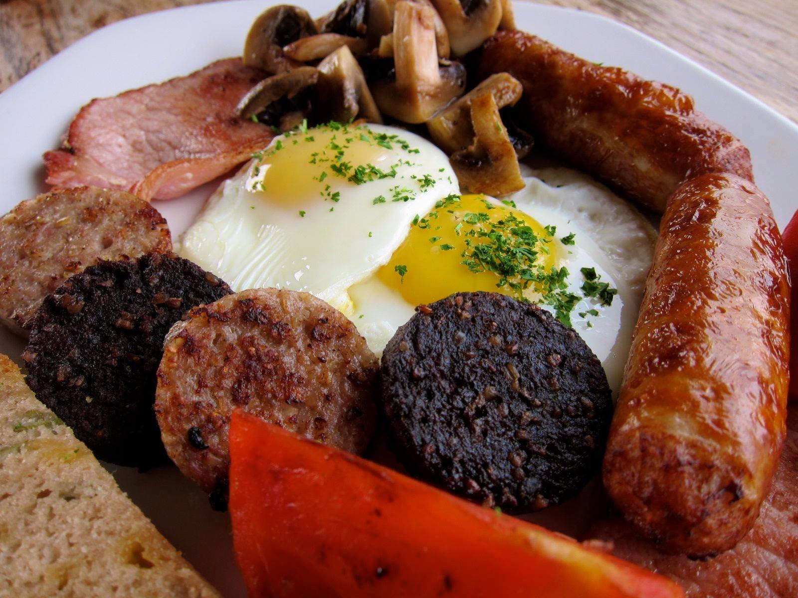 Irish Breakfast at Fado