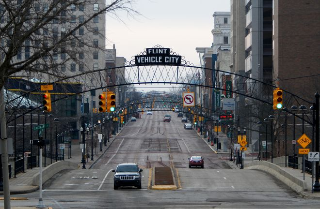 Saginaw Street in downtown Flint on February 7. Photo by Sarah Rice / Getty Images.