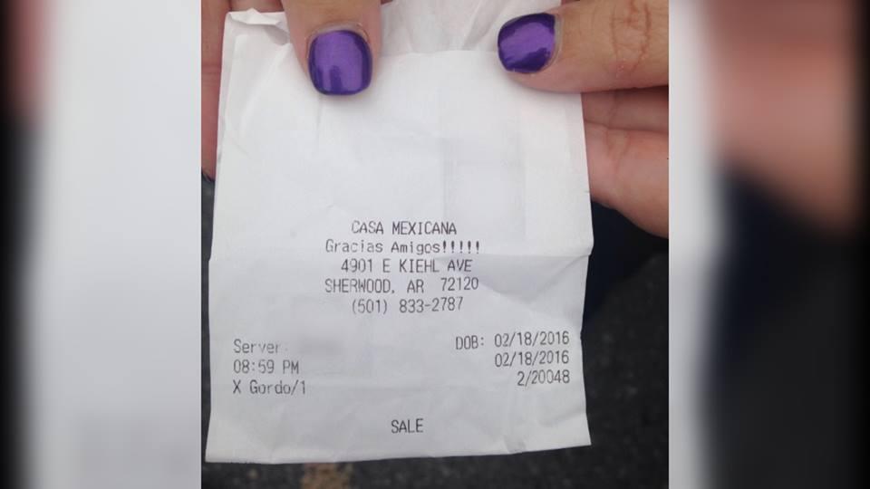 Restaurant Staffer Insults Woman's Weight on Receipt