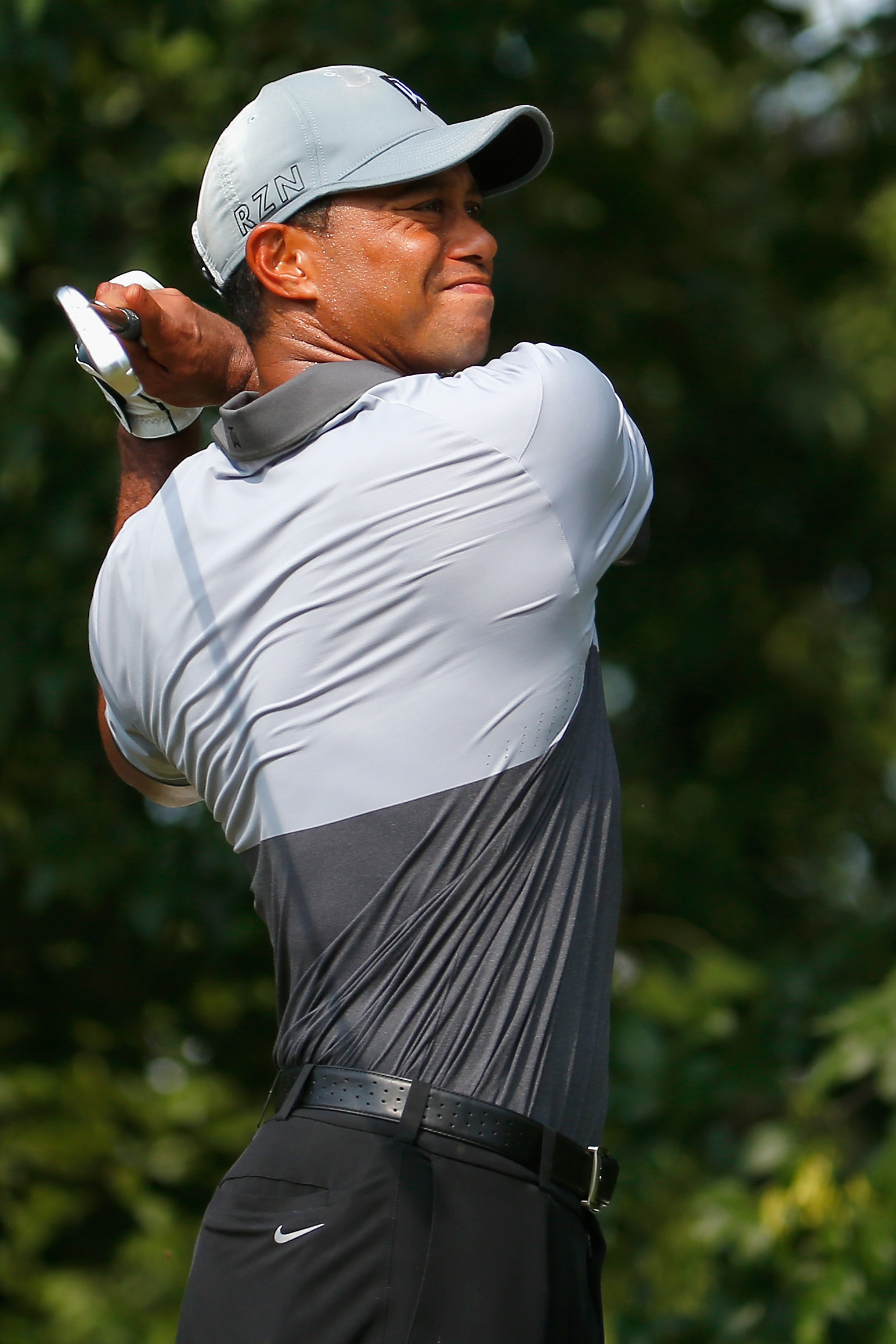 Tiger Woods makes the scene at Jack Nicklaus' Ryder Cup party