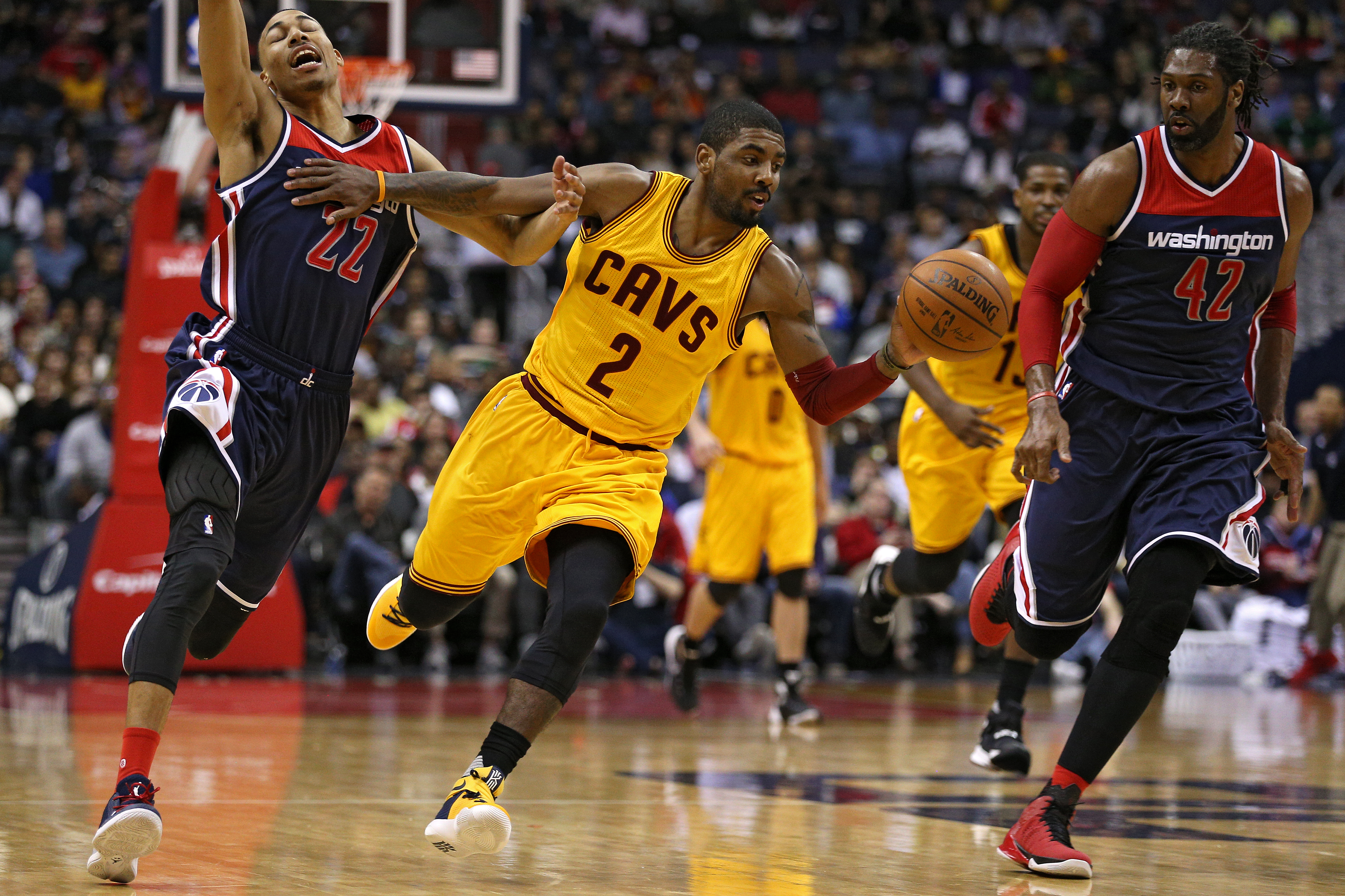 57d5edf8545 Kyrie Irving debuted a new Kyrie 2 PE vs. Wizards