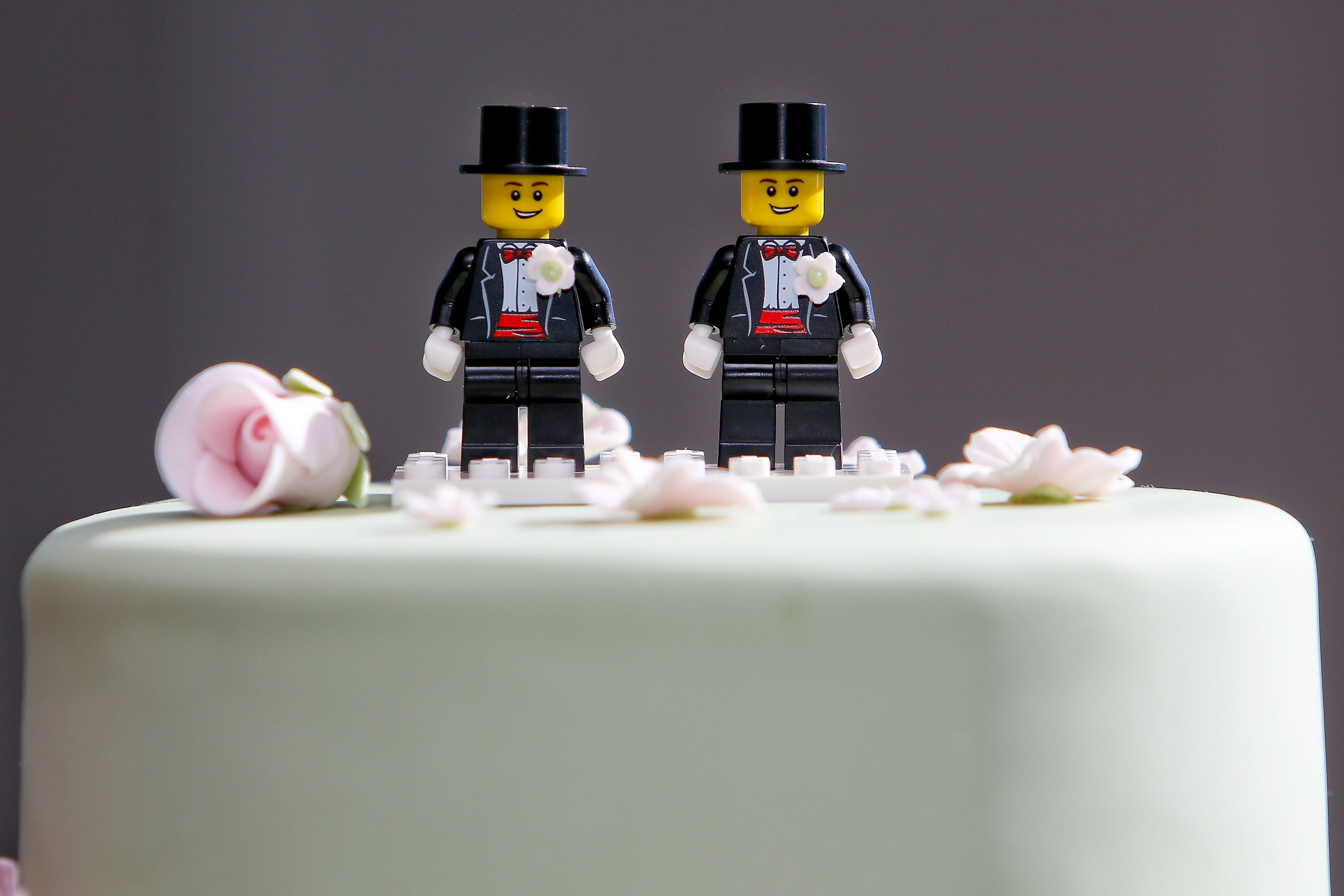 Texas Bakery Refuses to Make Same-Sex Couple a Wedding Cake
