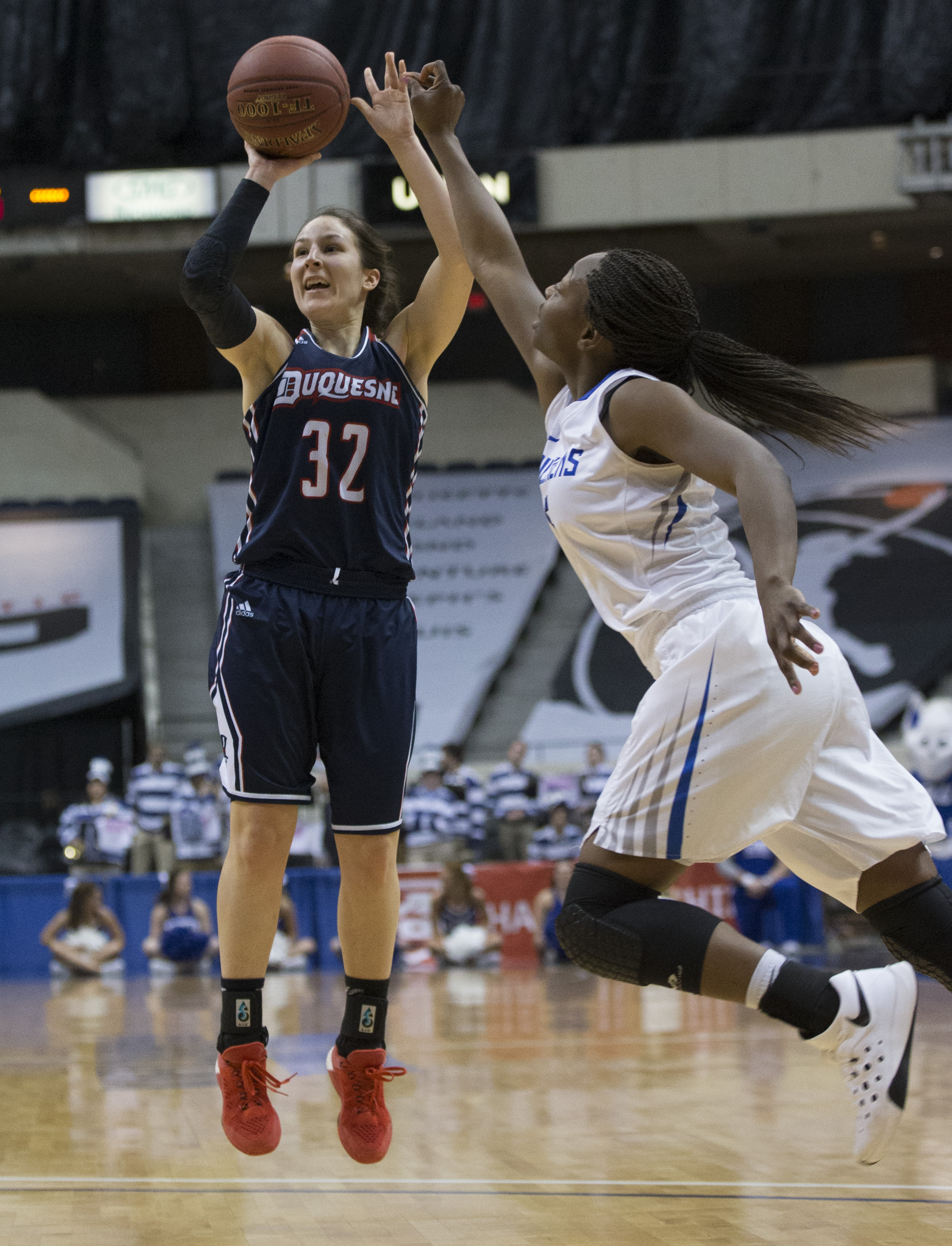 A-10 Co-Player of the Year April Robinson leads her team to victory against Saint Louis.