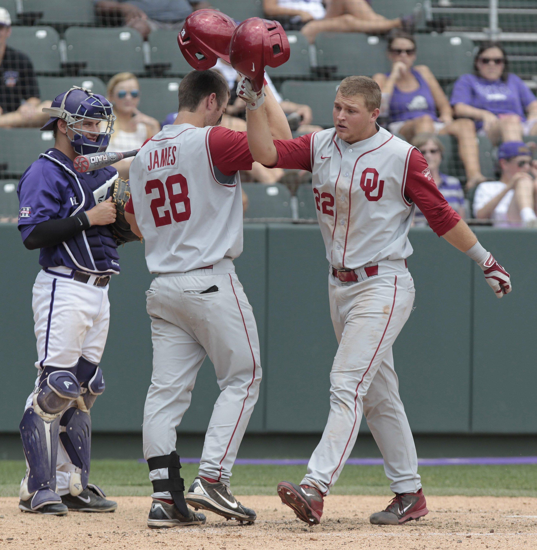 Sheldon Neuse (seen here in 2014) homered on Sunday at Dodger Stadium.