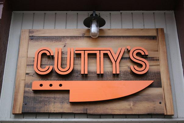 Cutty's sign