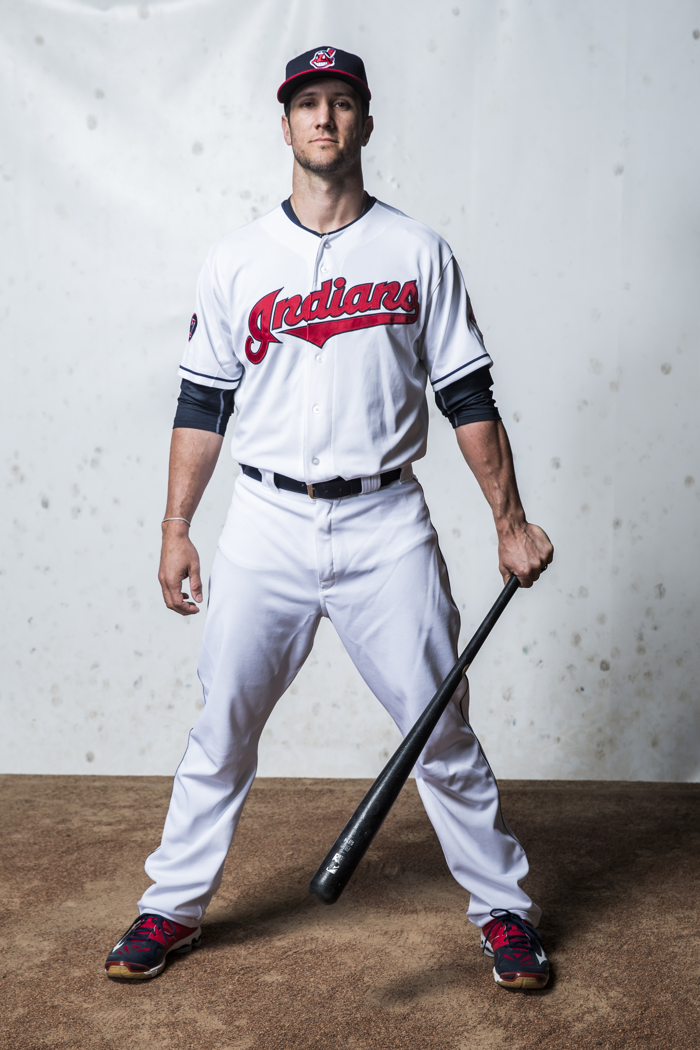 Yan Gomes, defender of photography backdrops.