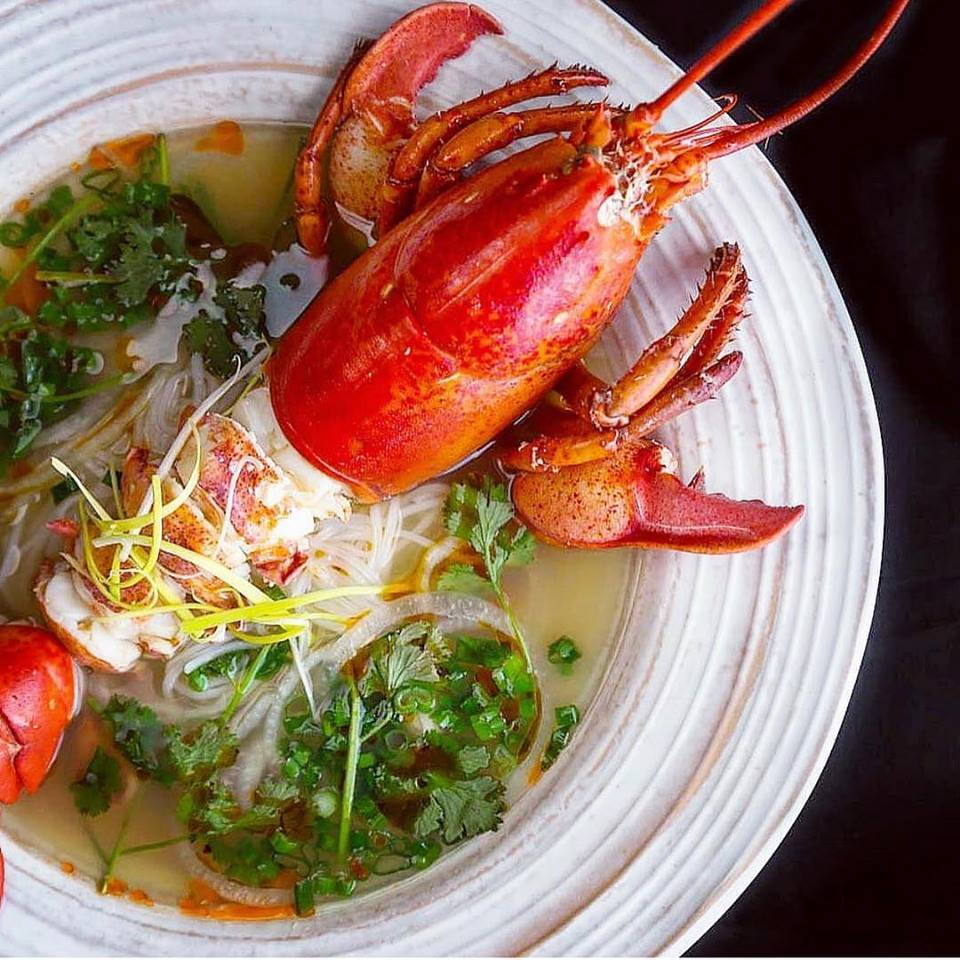 Whole lobster in pho