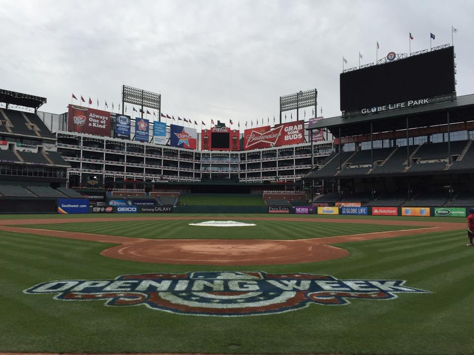Where And What To Eat At Globe Life Park, Home Of The Texas Rangers