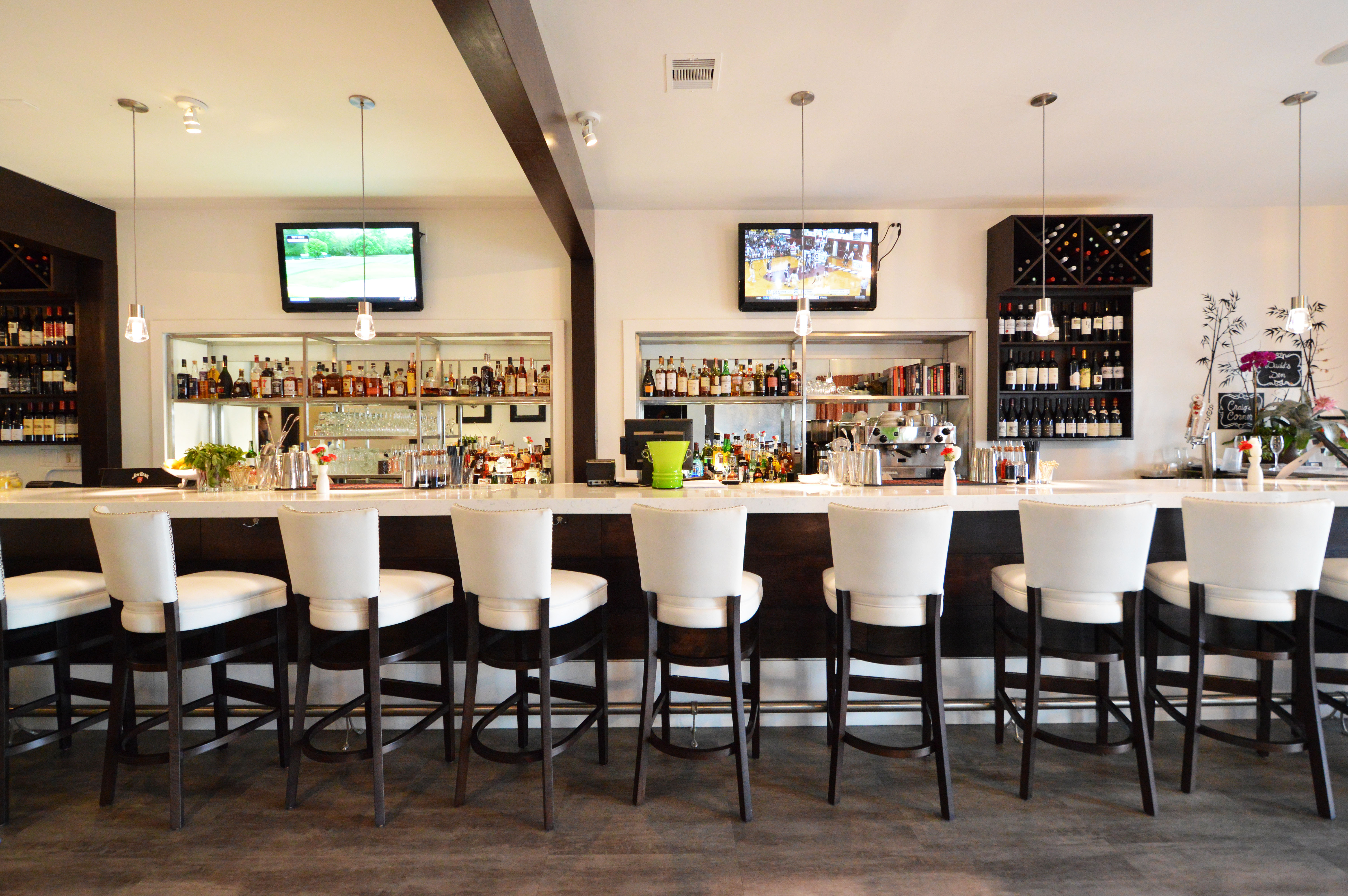 Belly up to the bar and let mixologist Mary Li dazzle you.