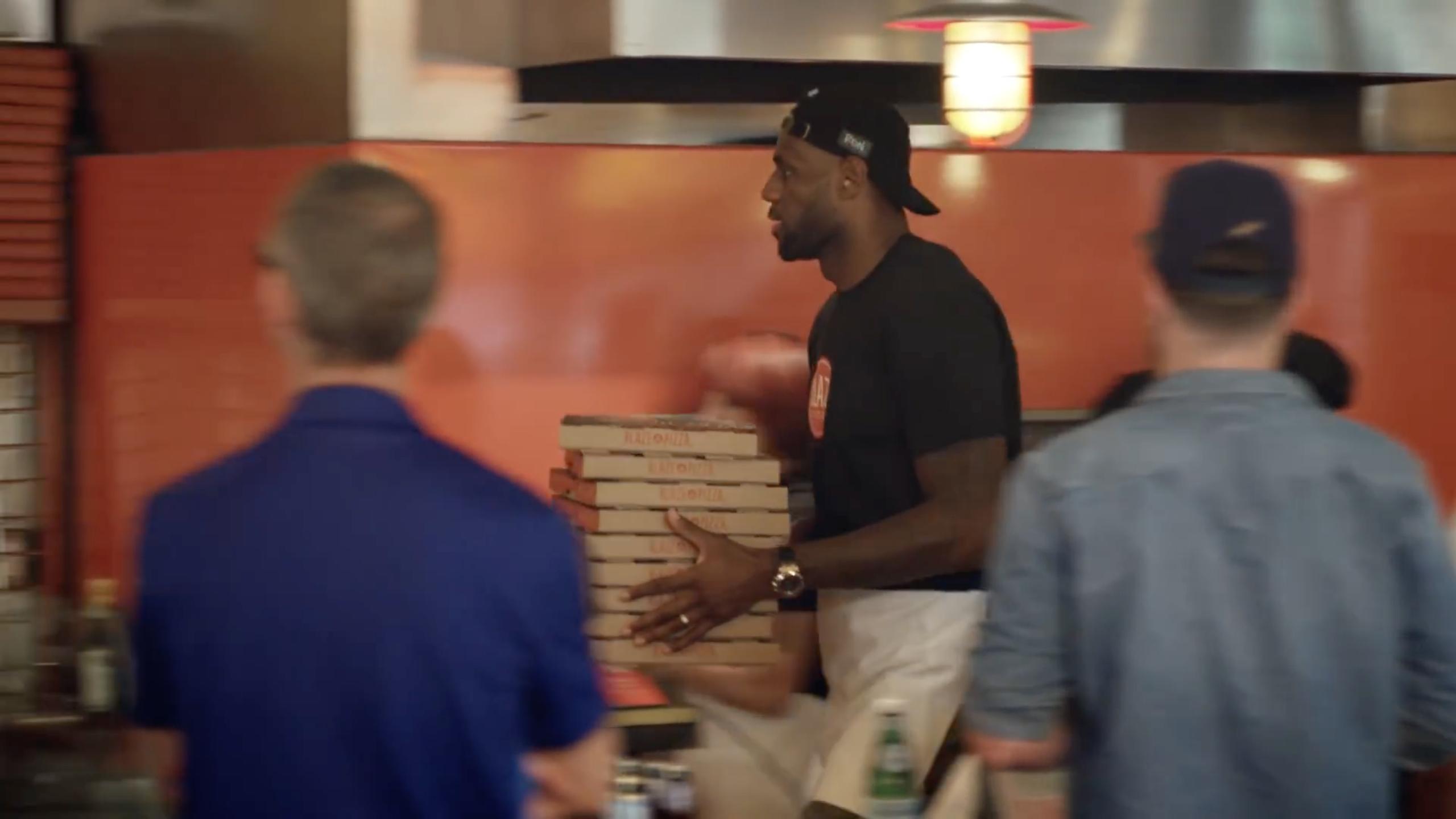 LeBron James at Blaze Pizza, Pasadena
