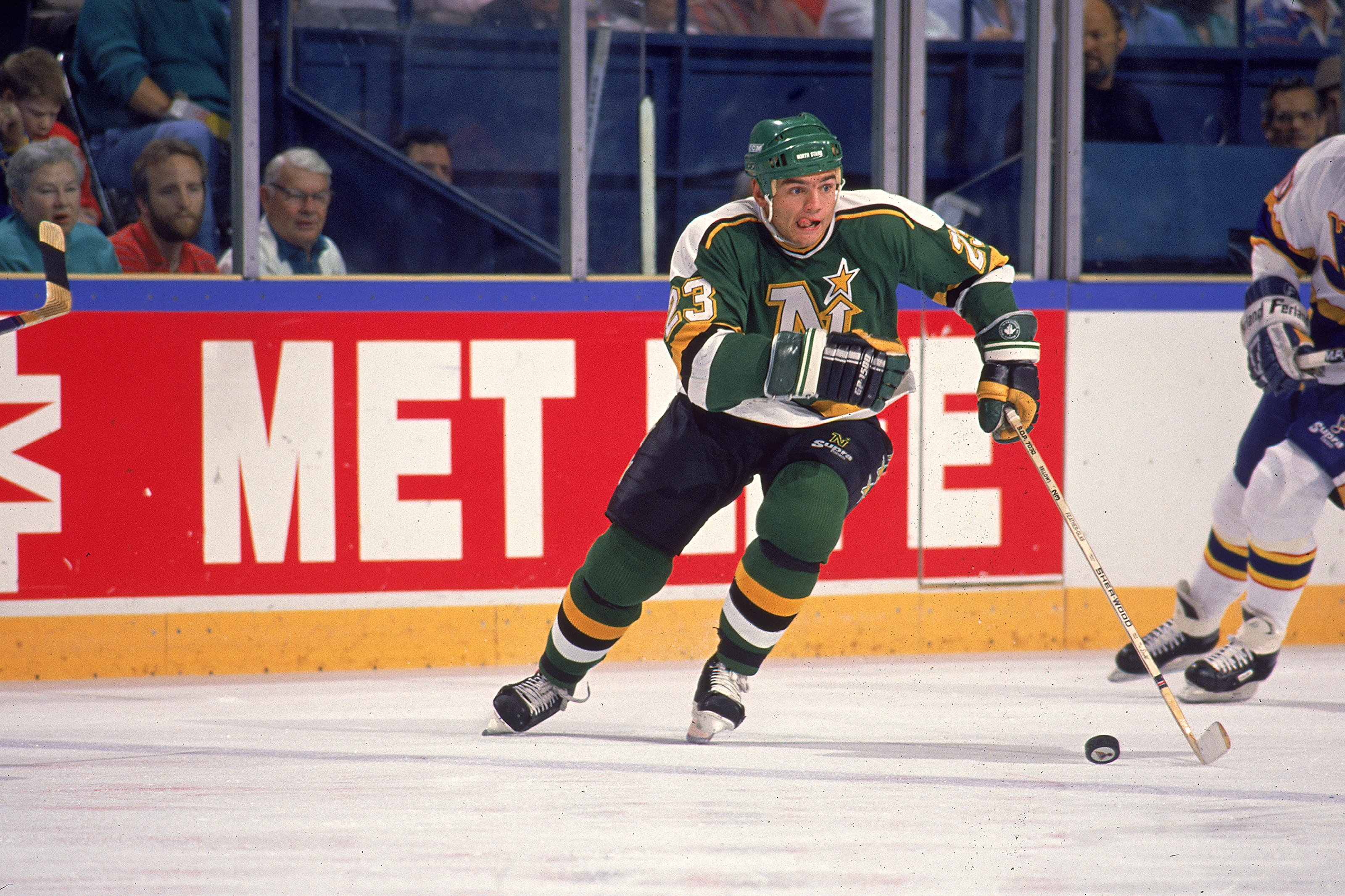 Brian Bellows was one of the fan favorites for Minnesota North Stars fans across the State of Hockey.