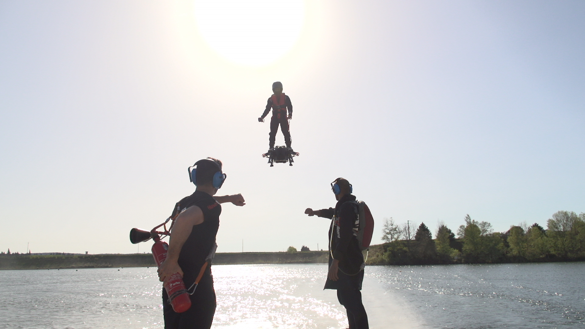 Water Hoverboard For Sale >> Yes The Jet Powered Hoverboard Is Real And Yes The Creator Has