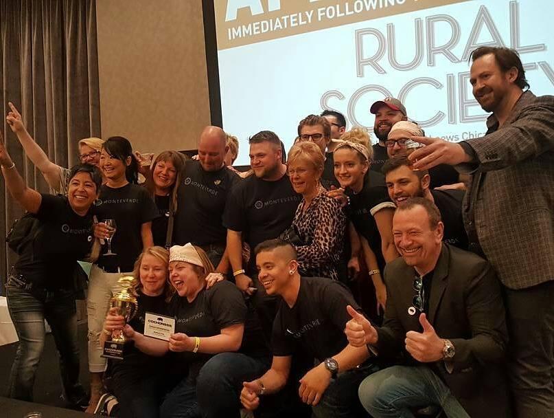 Sarah Grueneberg and Monteverde team celebrate their victory