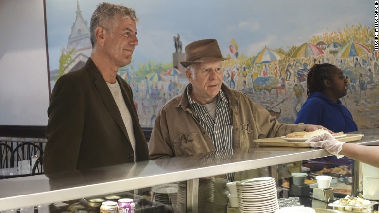 Anthony Bourdain's 'Parts Unknown' Extols Chicago's Lack of 'Douchery'