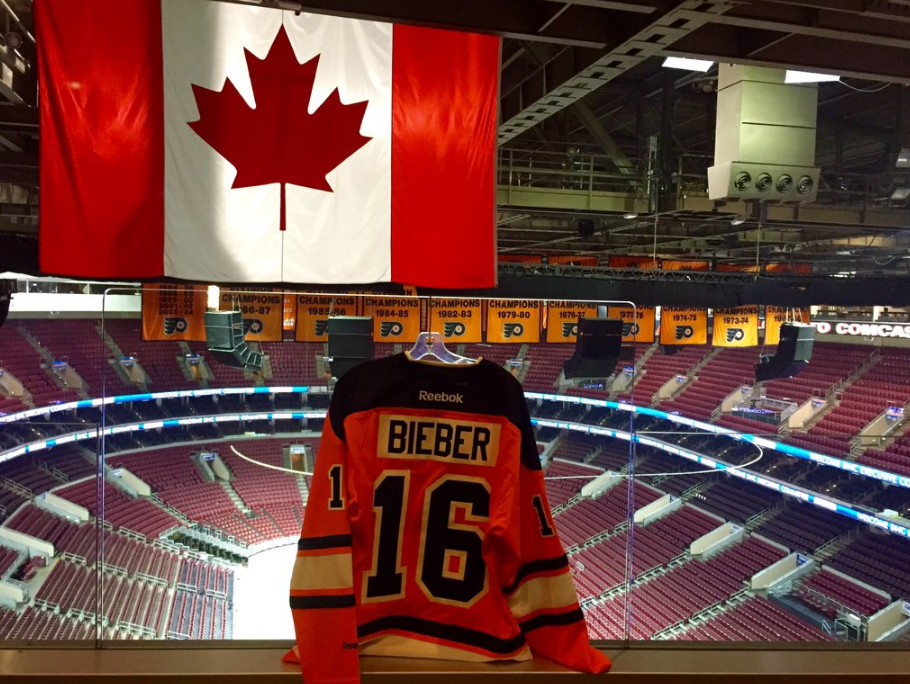 301eced1d7a The Flyers just gave Bobby Clarke s number to Justin Bieber