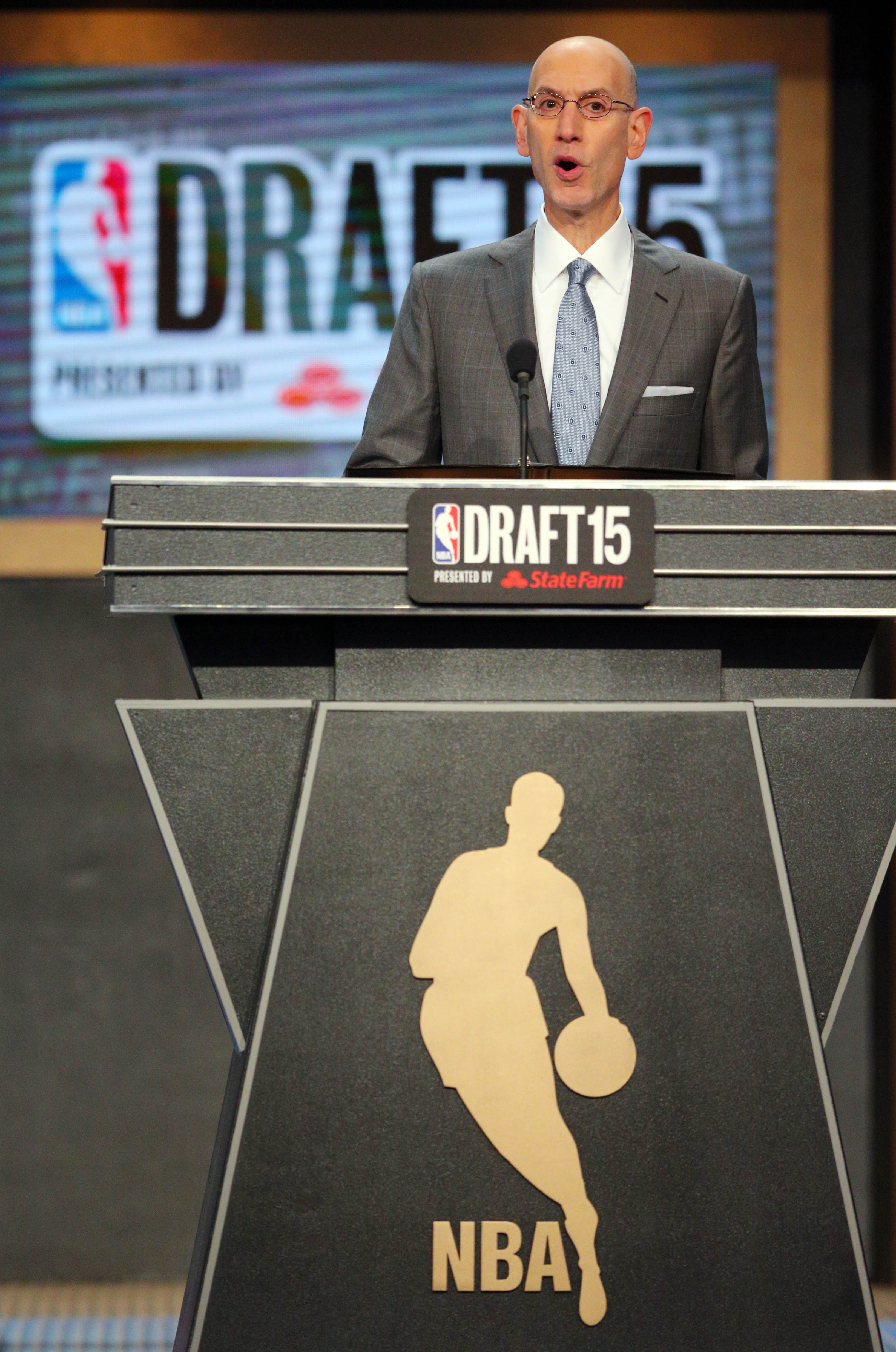Raising the NBA Draft age limit to 20 would cost new players millions