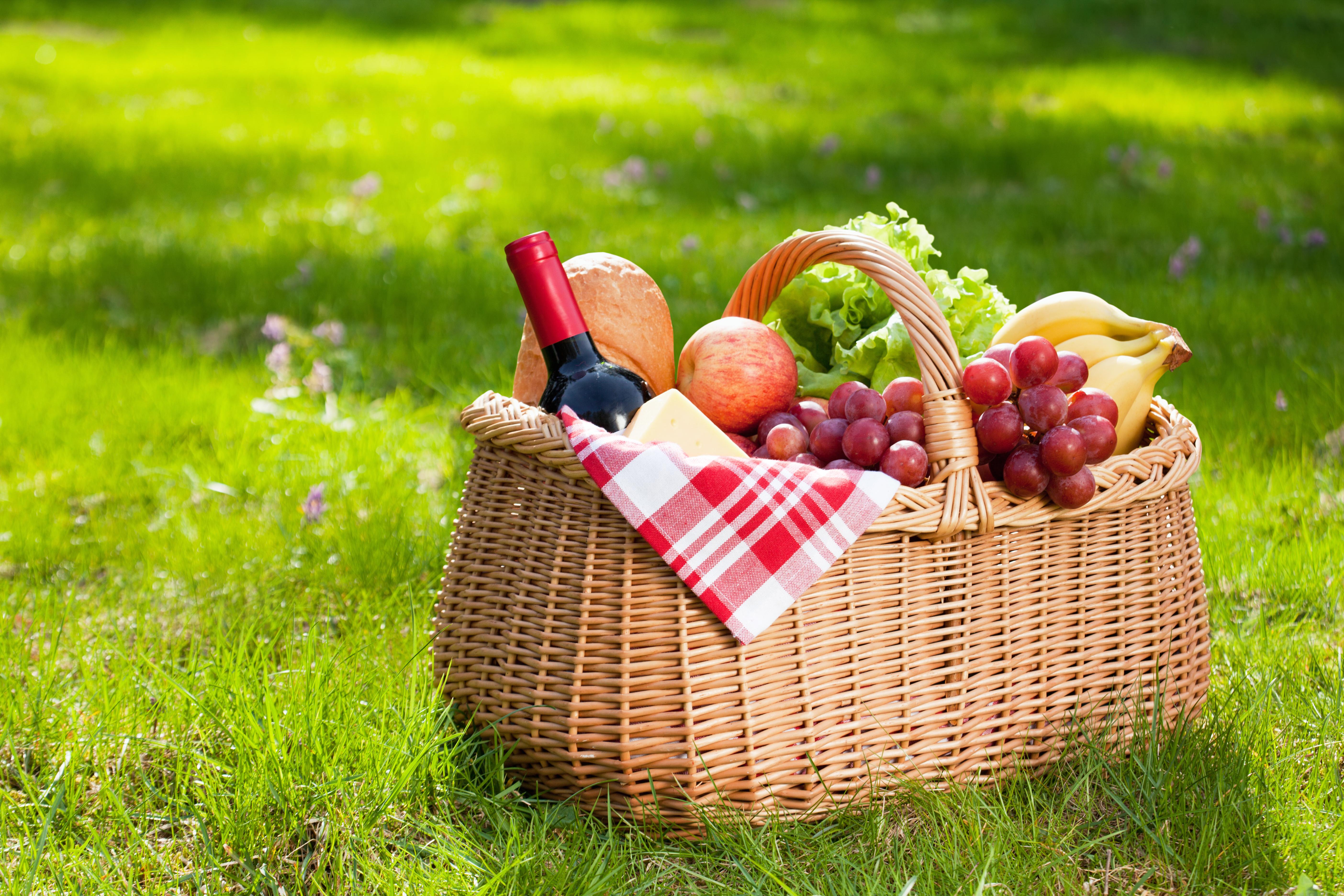 Fill up those picnic baskets.