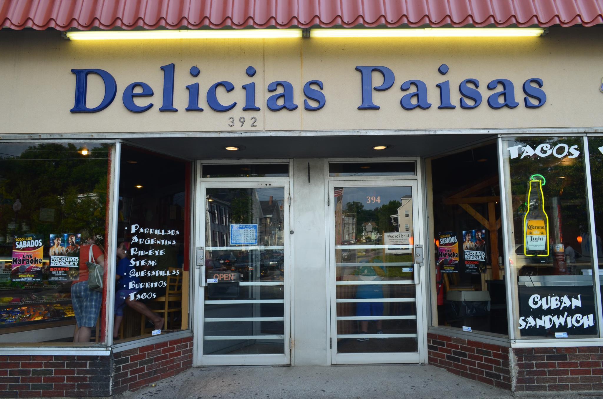 Delicias Paisas Bakery