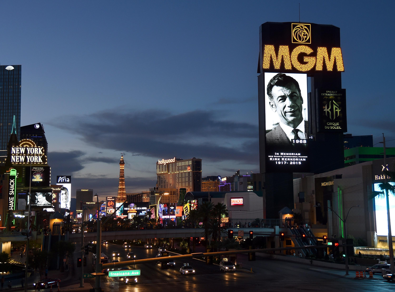 Las Vegas Remembers Kirk Kerkorian