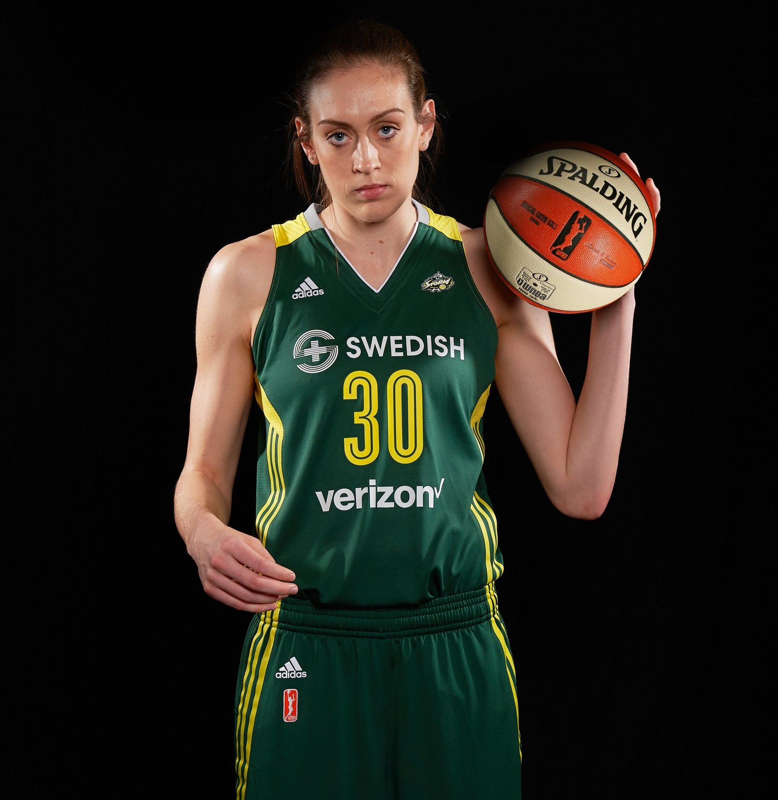 Breanna Stewart leads the Storm with 25 points, 7 rebounds, 4 blocks and 4 steals