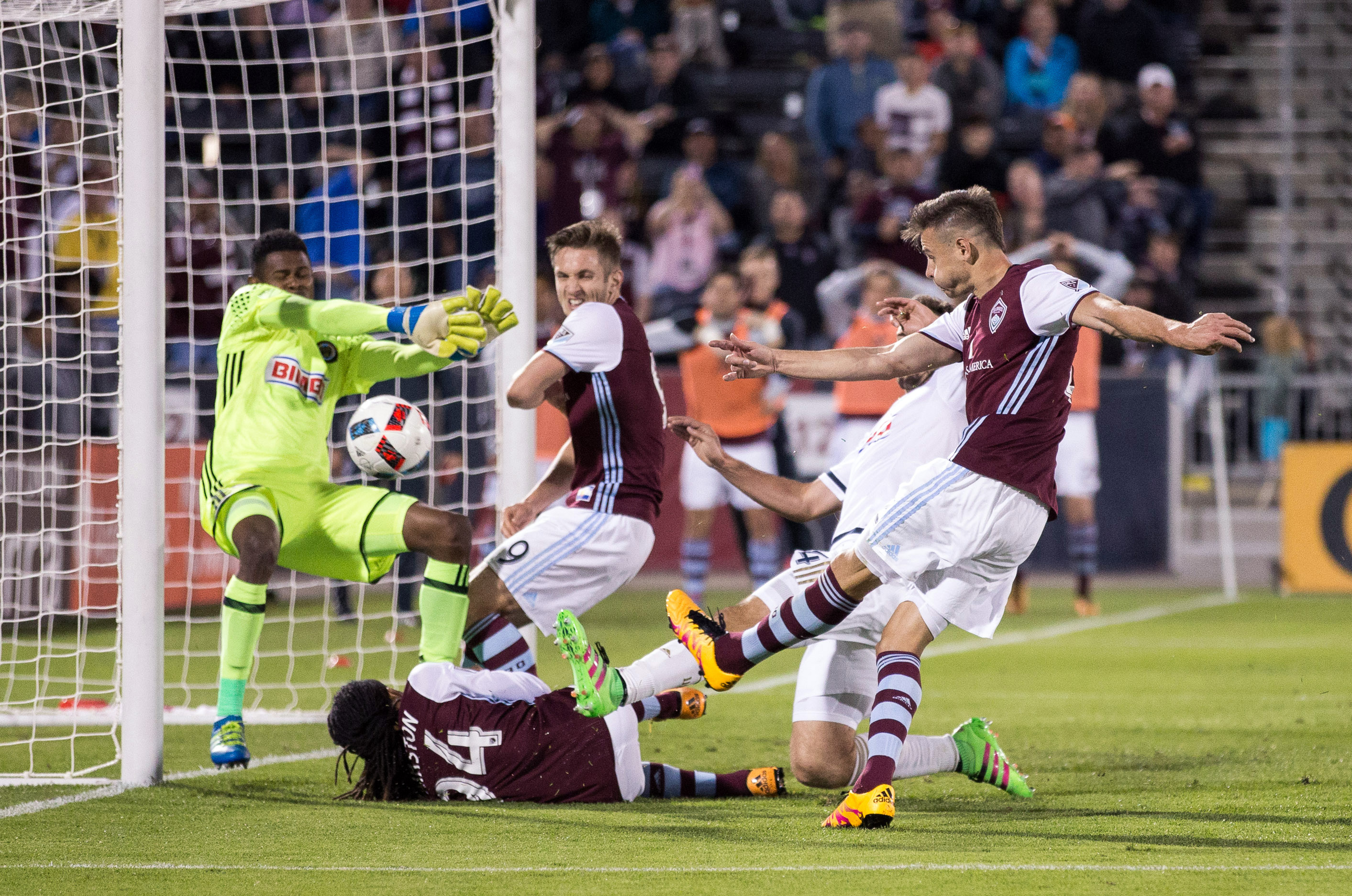 Luis Solignac shooting the ball into the net on the goal that was called back for offsides on Doyle.