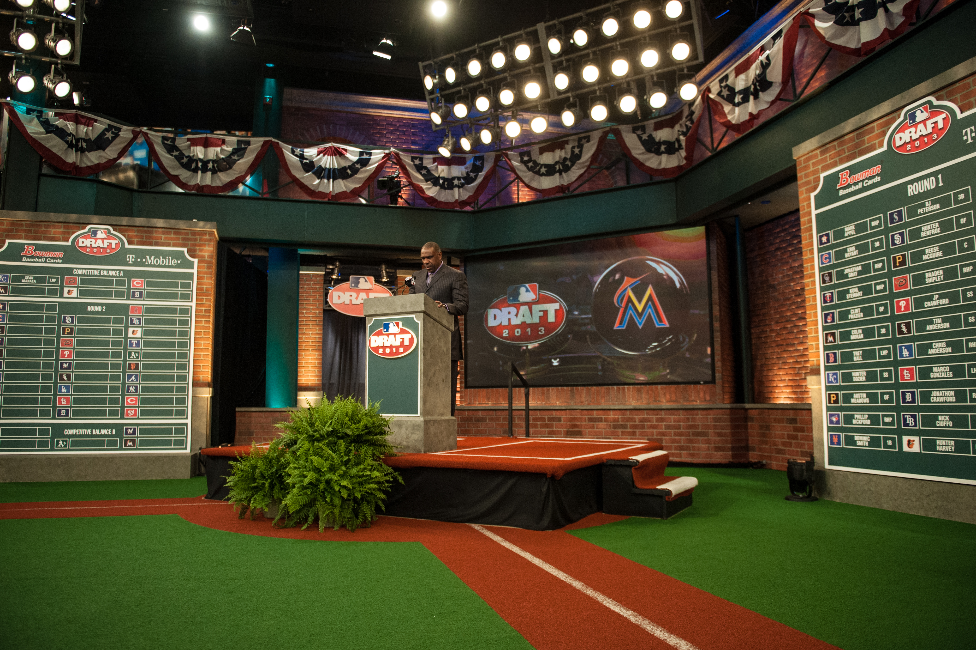 2013 mlb draft board (MLB Photos via Getty)