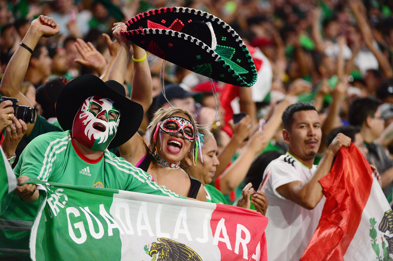 Mexico v Uruguay: Group C - Copa America Centenario