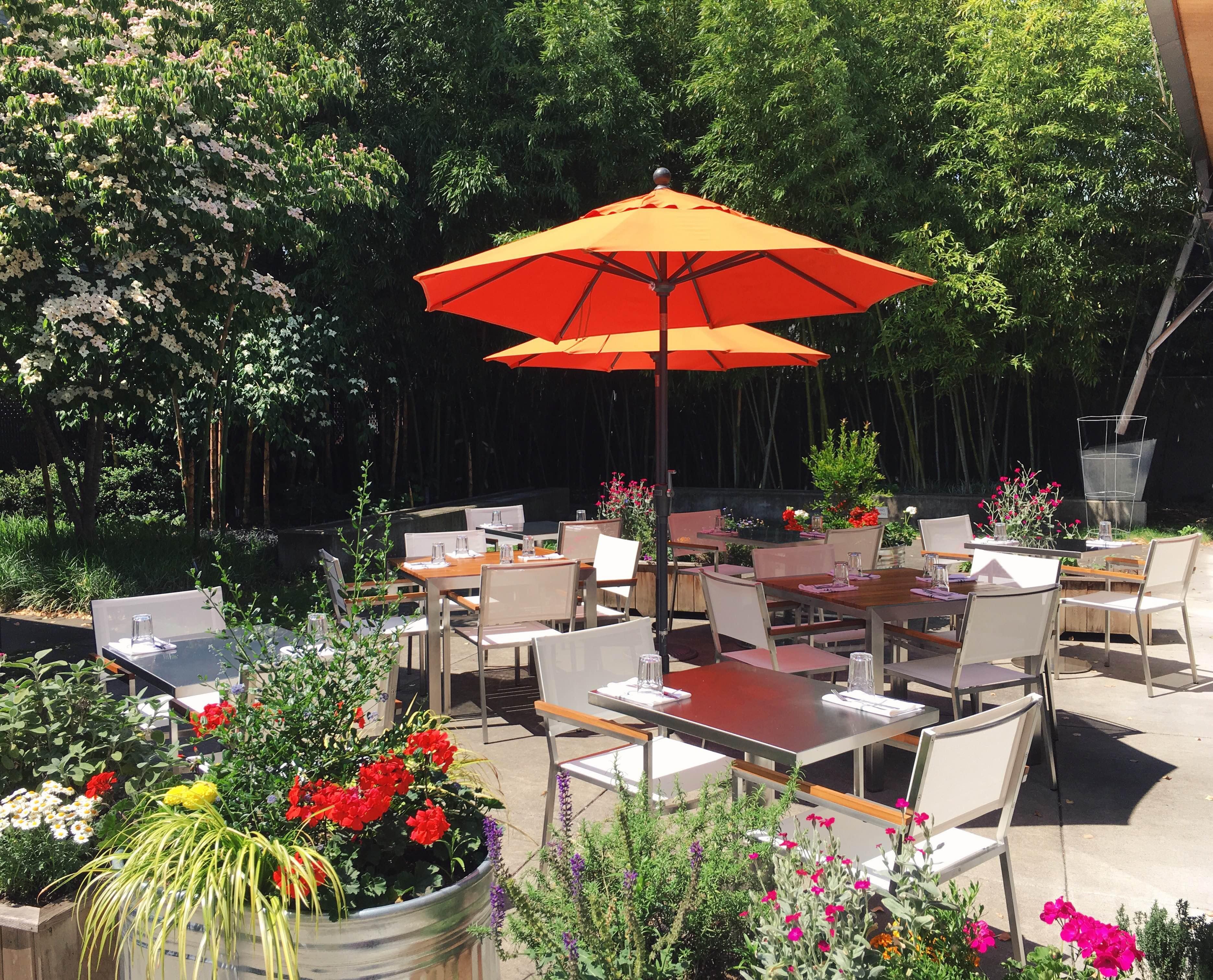 Burrasca's revamped patio on SE Clinton