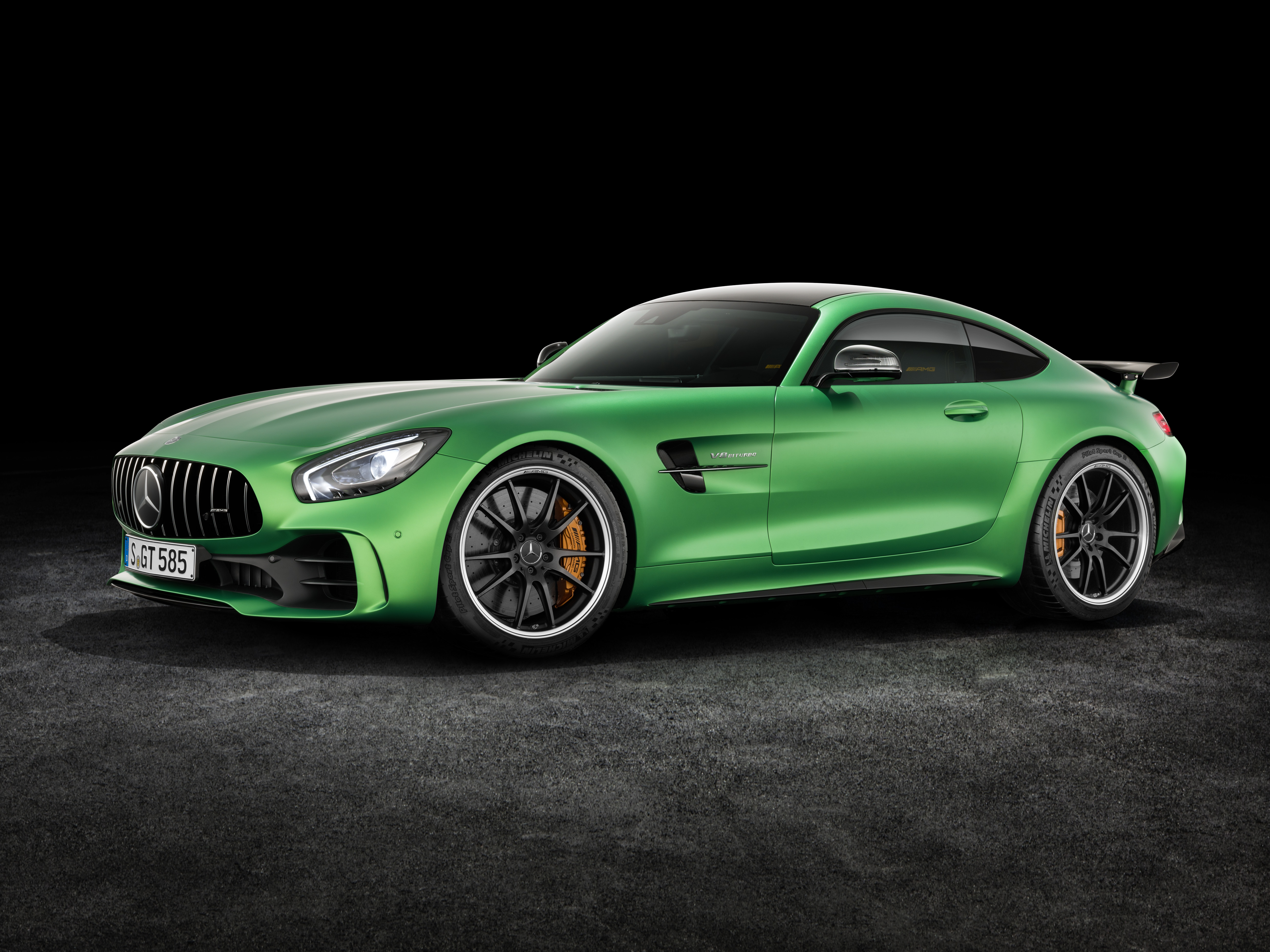 The New Amg Gt R Is Mercedes Benz S Most Sports Car