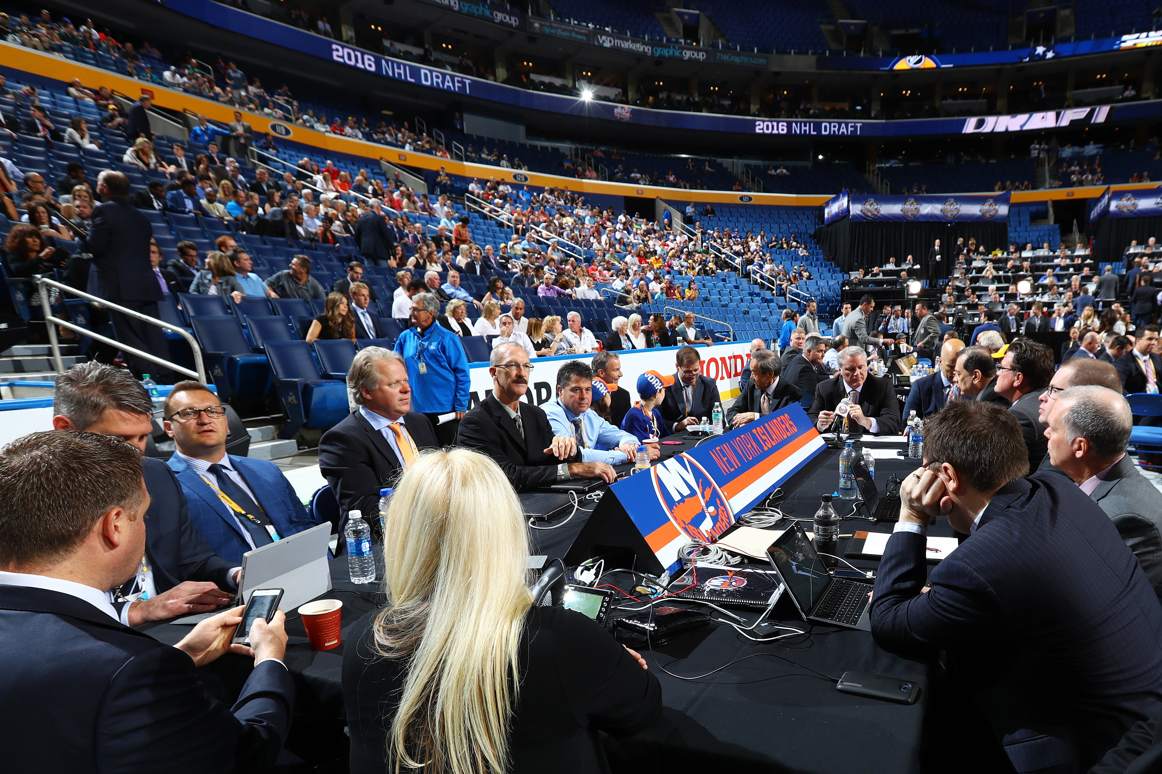 Updated 2016 nhl draft order - 2016 Draft Nyi Finish With Pastujov Quenneville