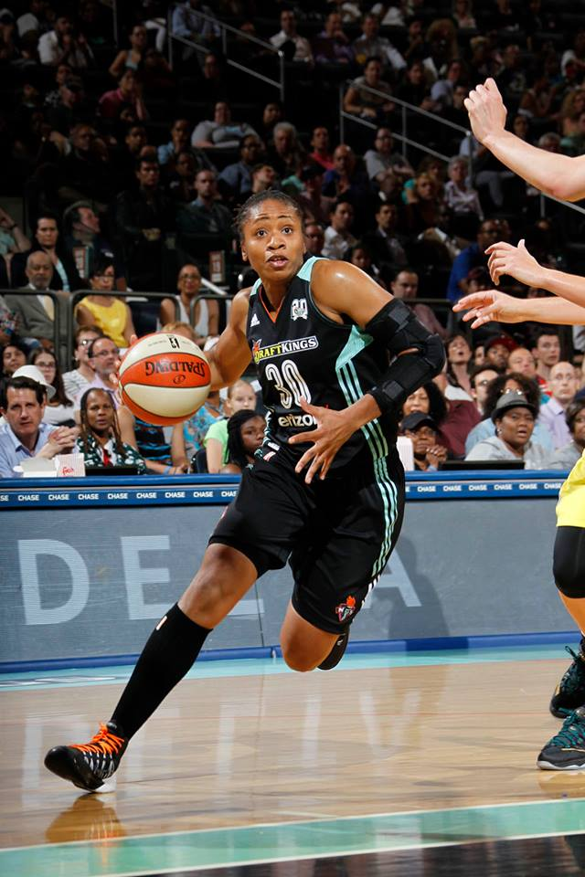 Tanisha Wright improves to 4-0 against her former team.