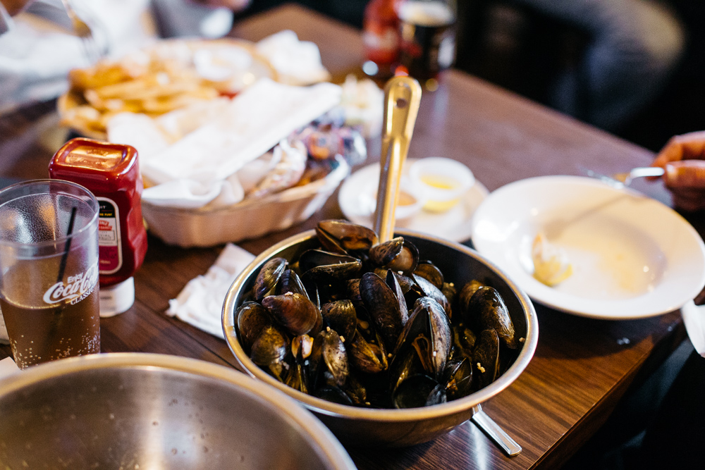 Mussels at Cadieux Cafe.