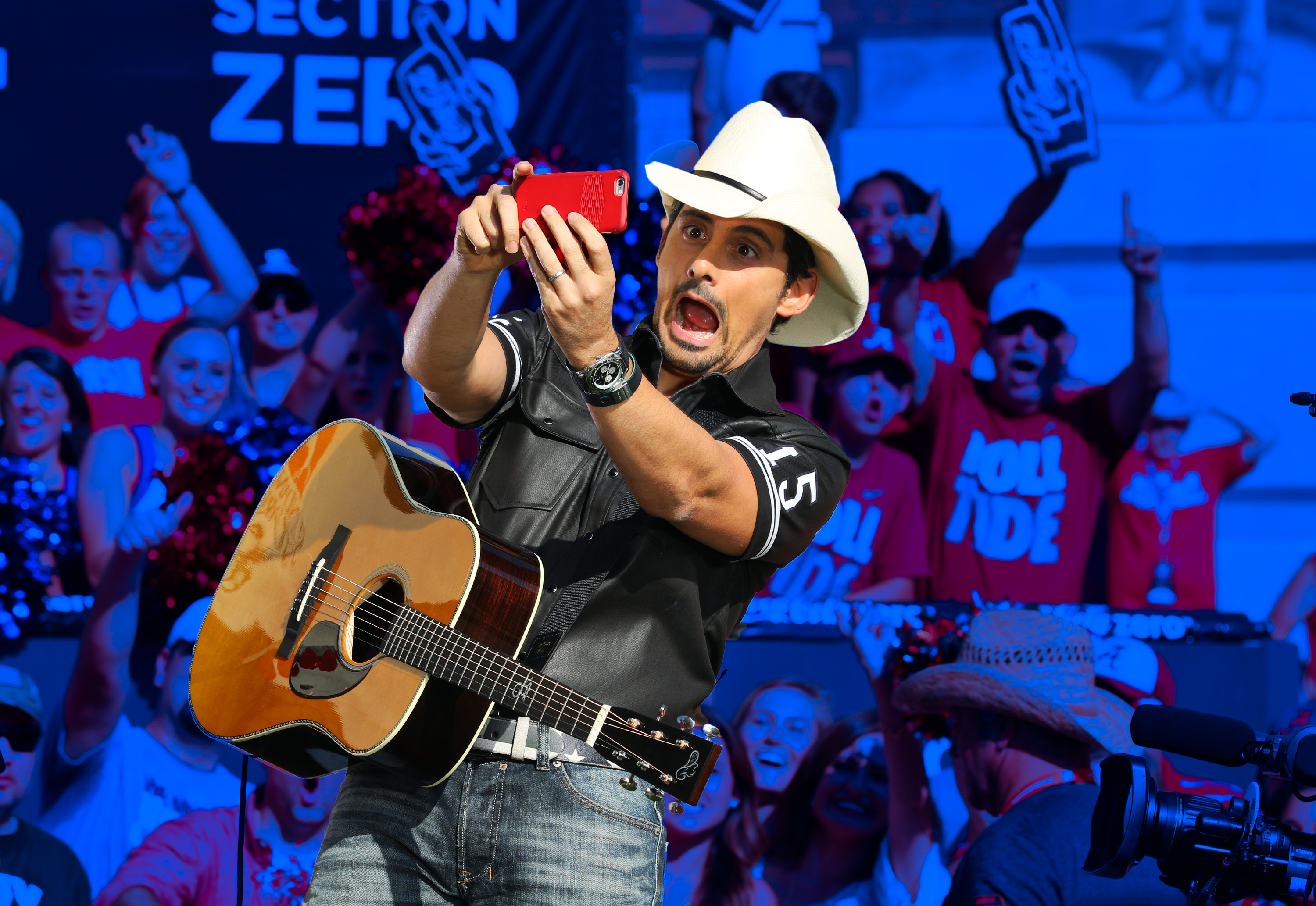 Brad Paisley singing a college football song