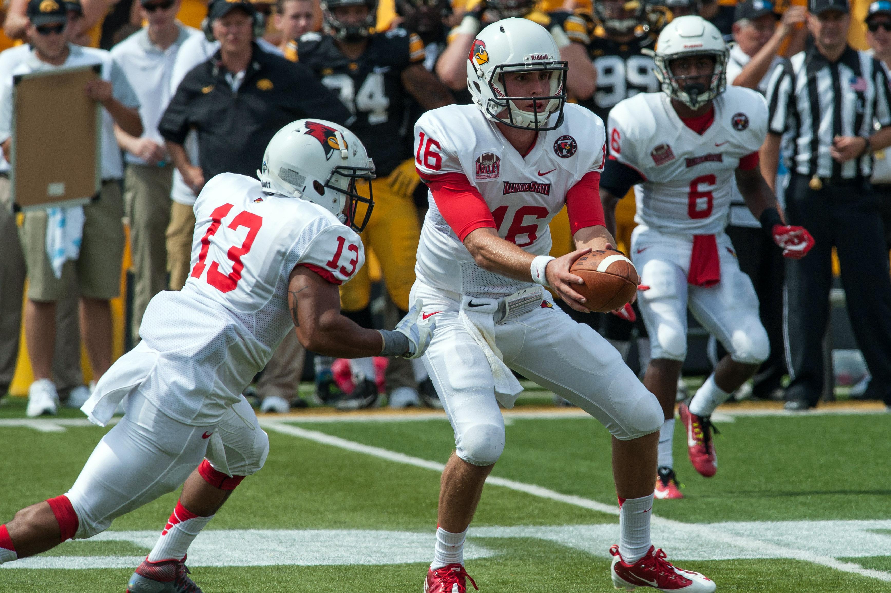 NCAA Football: Illinois State at Iowa